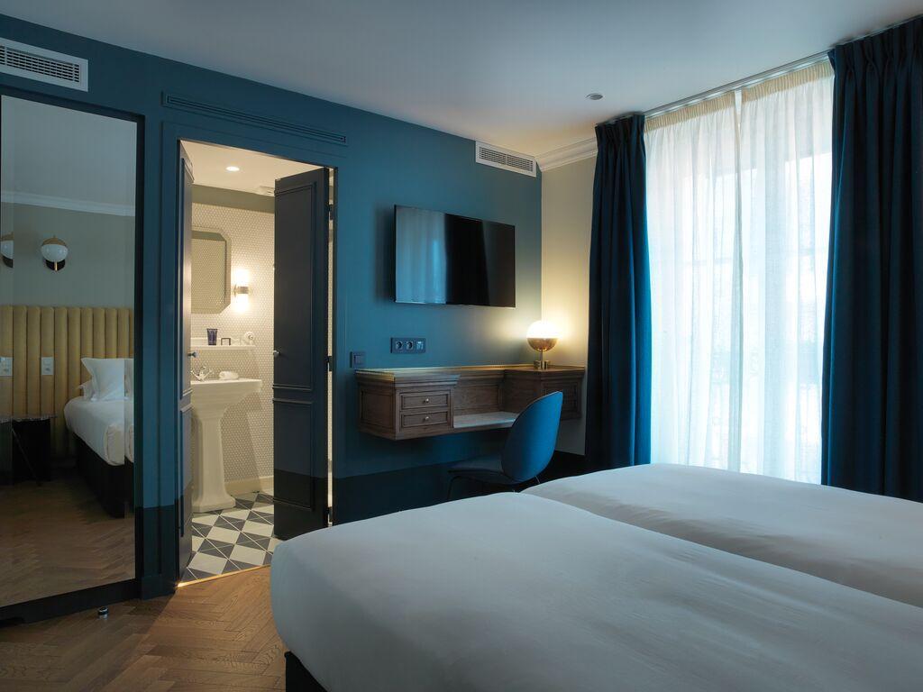 h tel resto bar visite du bachaumont la nouvelle adresse cool de montorgueil yonder. Black Bedroom Furniture Sets. Home Design Ideas