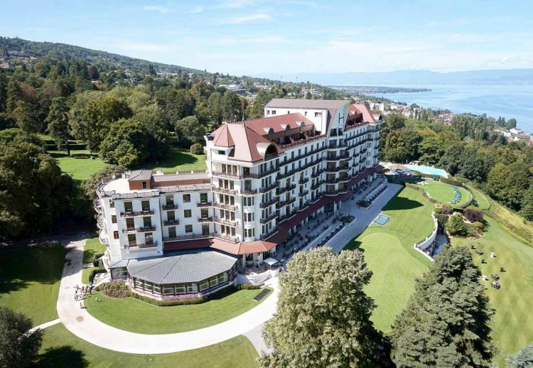 Hôtel avec vue : 10 des plus beaux hôtels en bord de lac, en France et en Europe