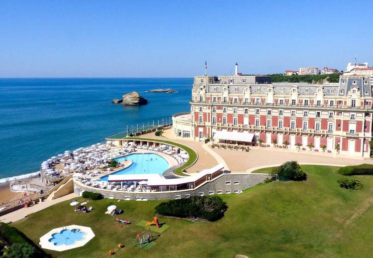 08. Hôtel du Palais, Biarritz