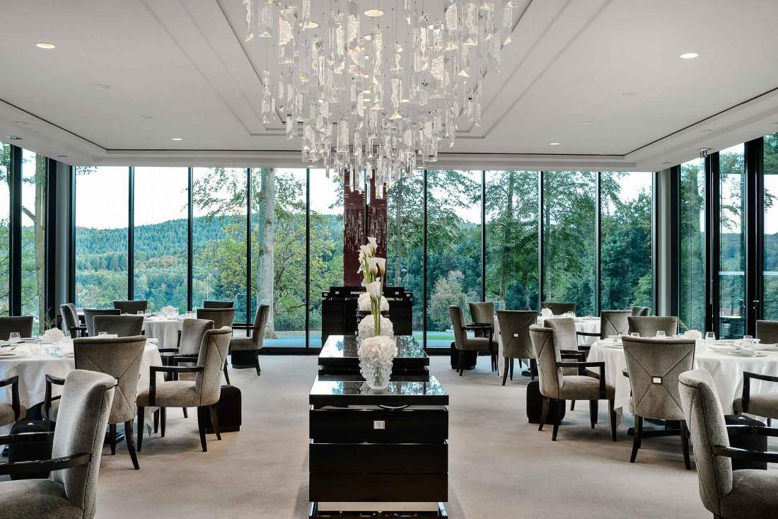 La salle à manger du restaurant, vitrine du savoir-faire de la Maison Lalique © Reto Guntli