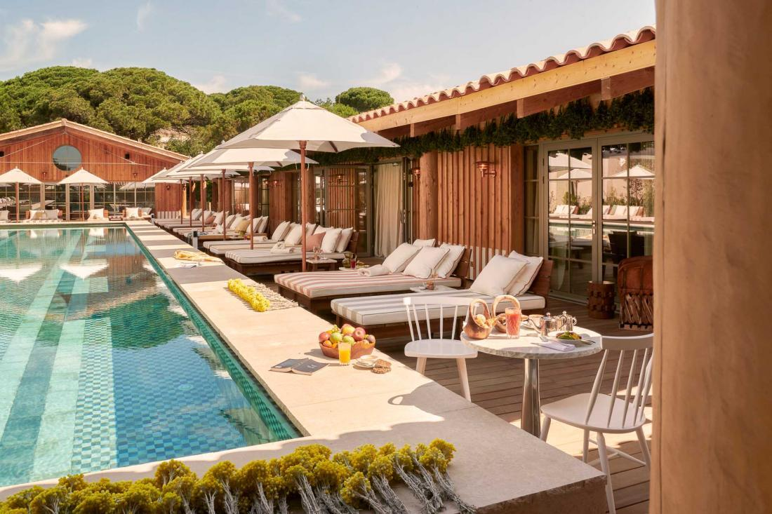 La piscine de l'hôtel © DR