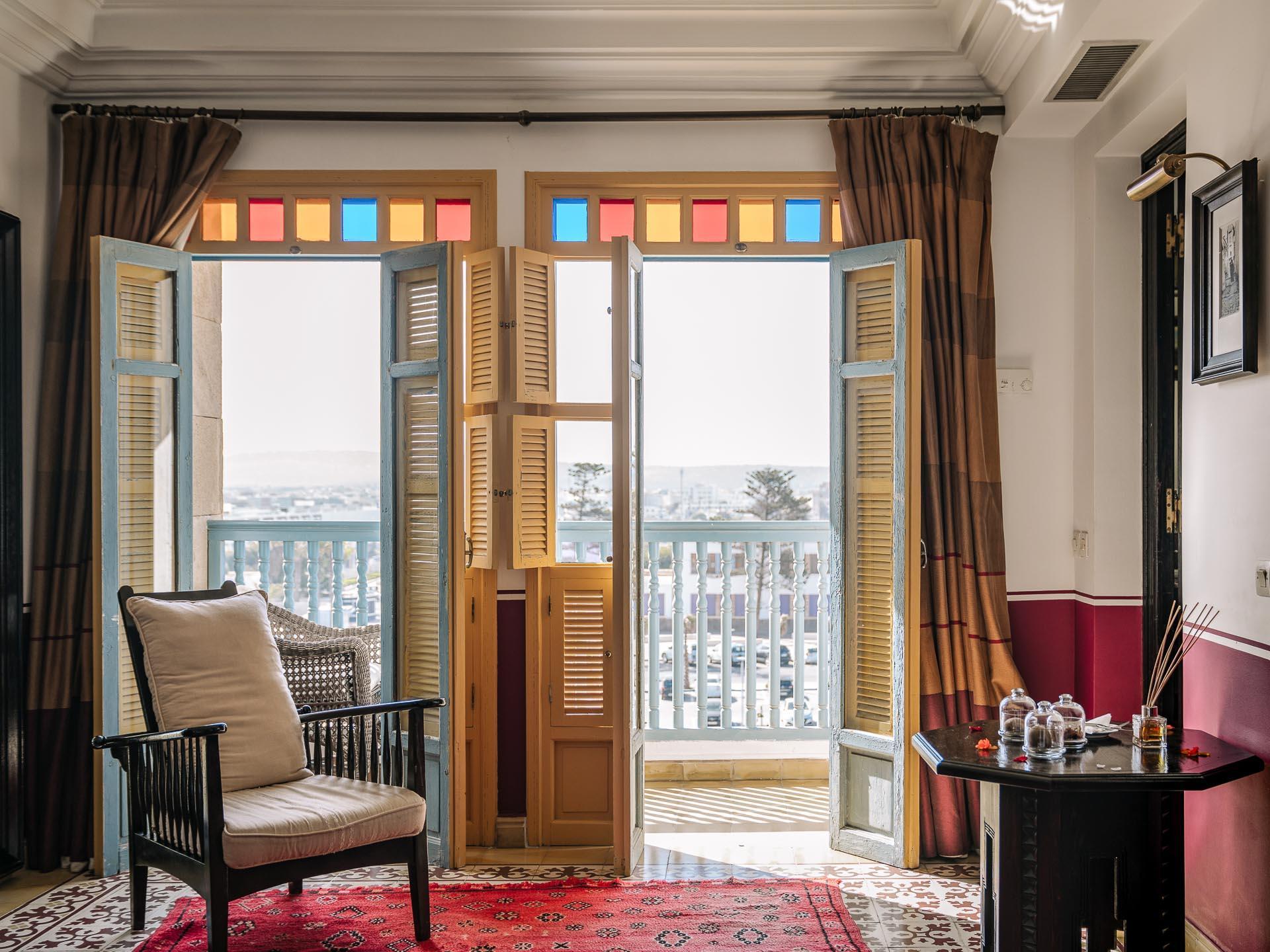 L'Heure Bleue Palais - Chambre Deluxe avec balcon © DR