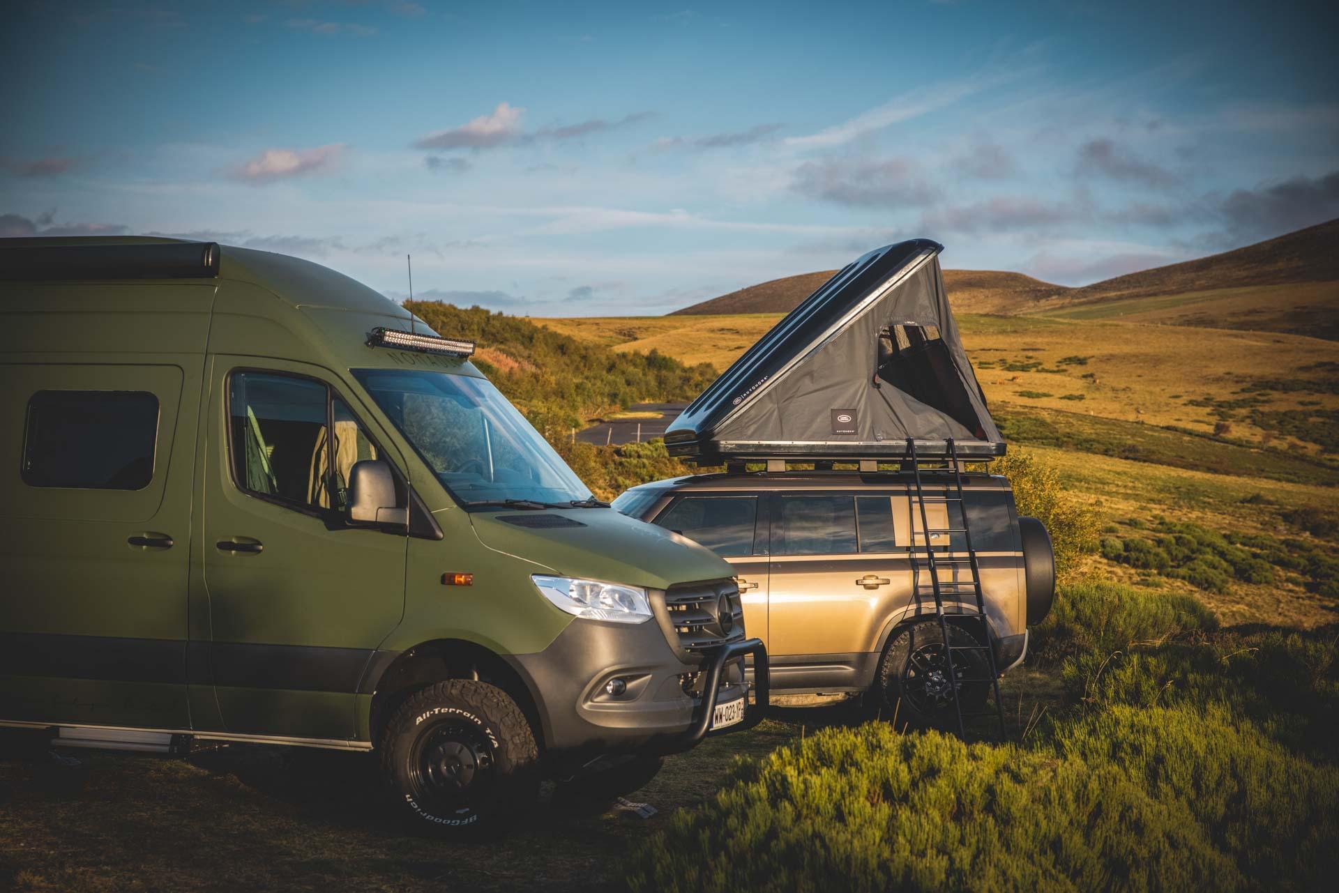 Un van entièrement remodelé pour en faire un véritable boutique-hôtel nomade © Amaury Laparra