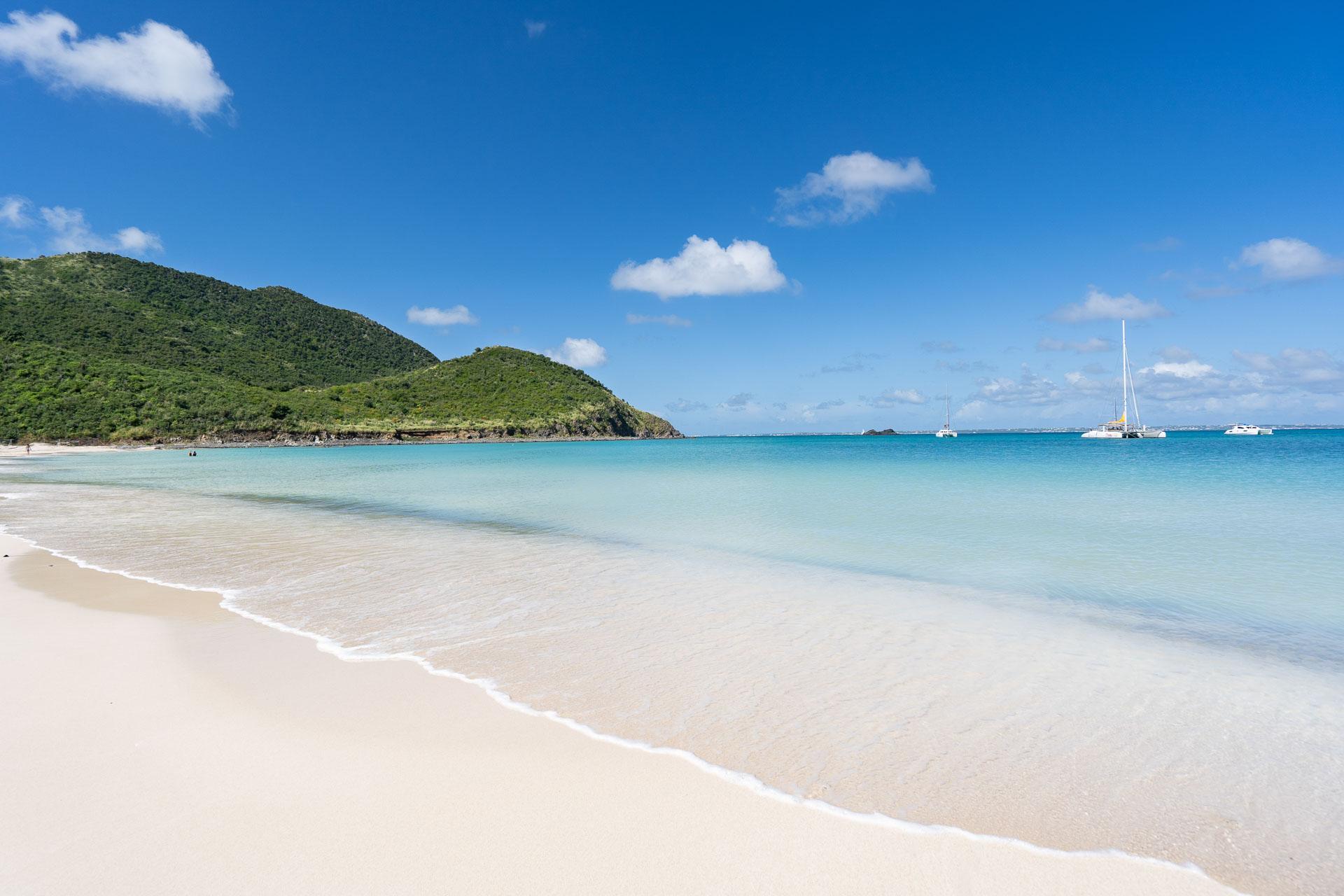 La plage de l'Anse Marcel © Donovane Tremor