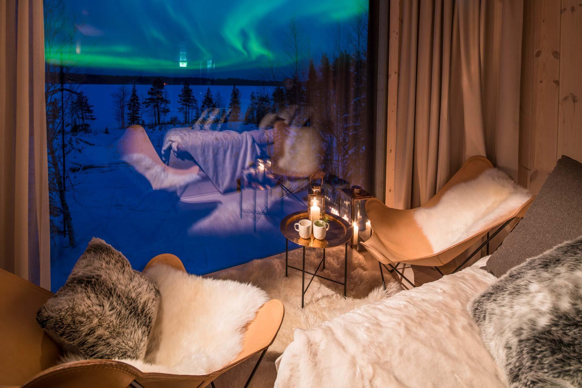 À l'Arctic TreeHouse Hotel, on observe les aurores boréales au chaud depuis sa Suite © TreeHouse Hotel - VisitFinland