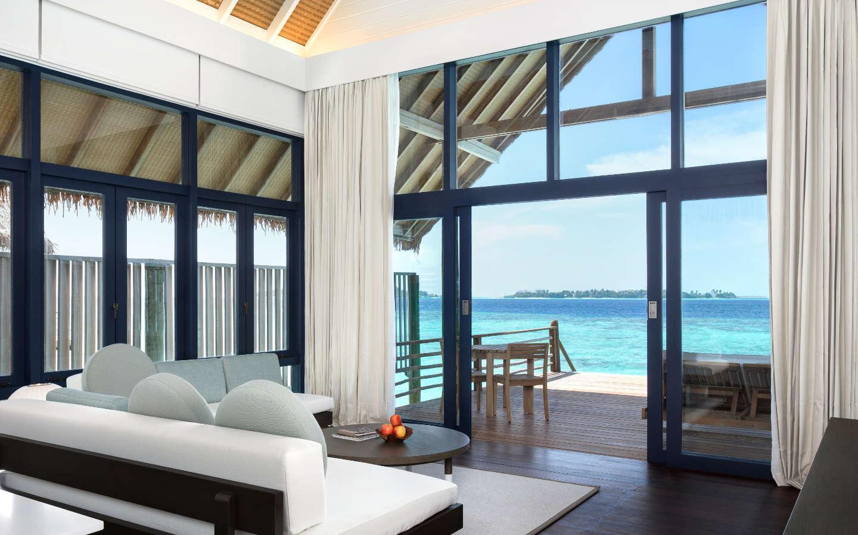 COMO Cocoa Island – Salon d'une Loft Water Villa