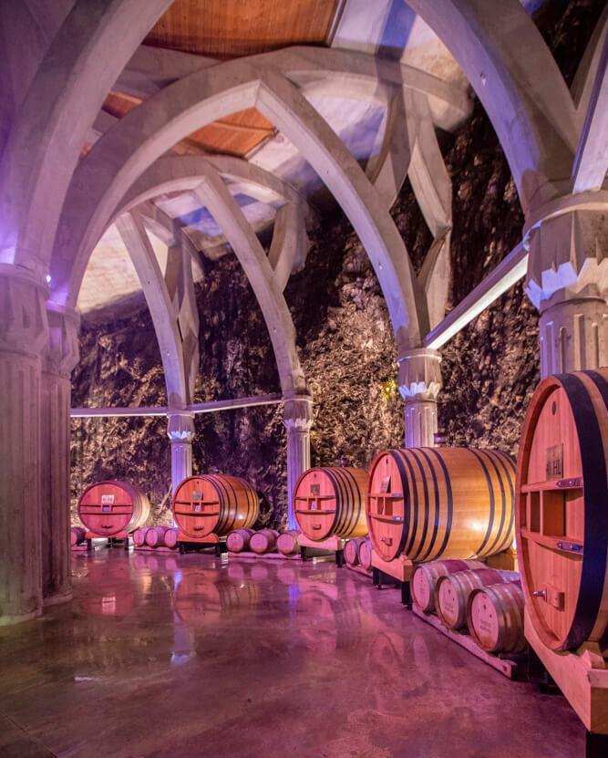 Le chai cathédrale du Château Romanin © Château Romanin DR