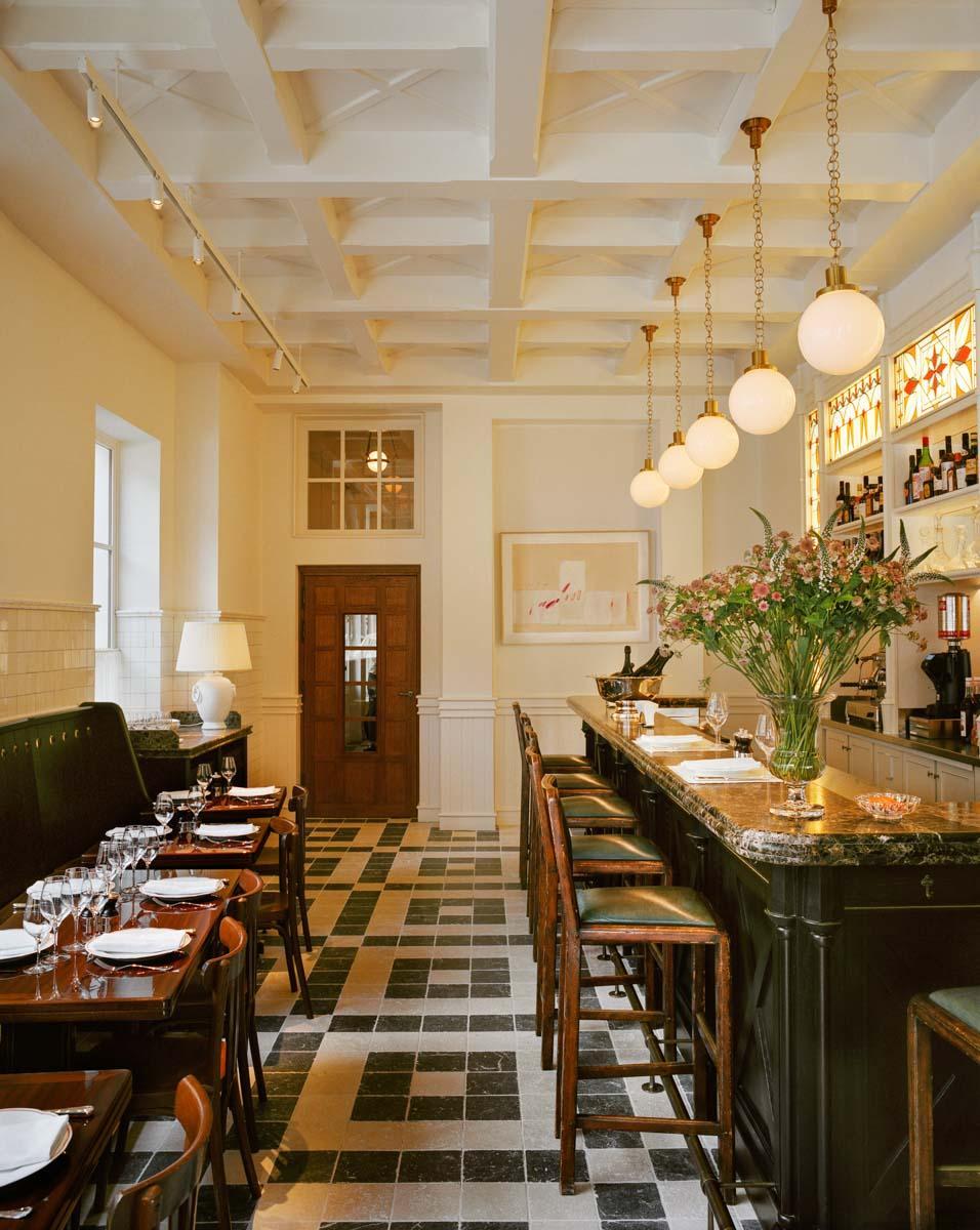 Restaurant L'Émil - Château Voltaire © François Halard