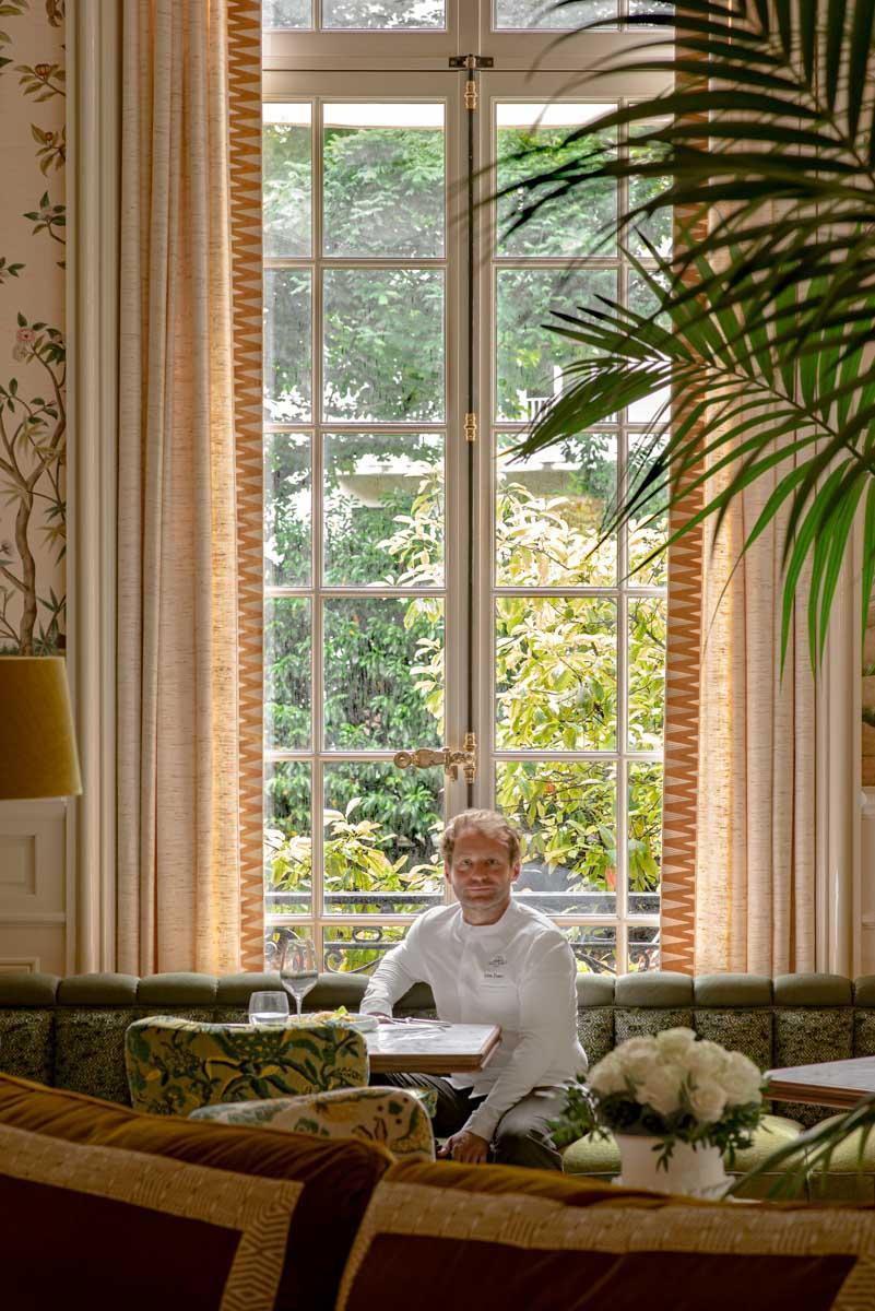 Julien Dumas au Bellefeuille, le nouveau restaurant du Saint James Paris © Patrick Locqueneux