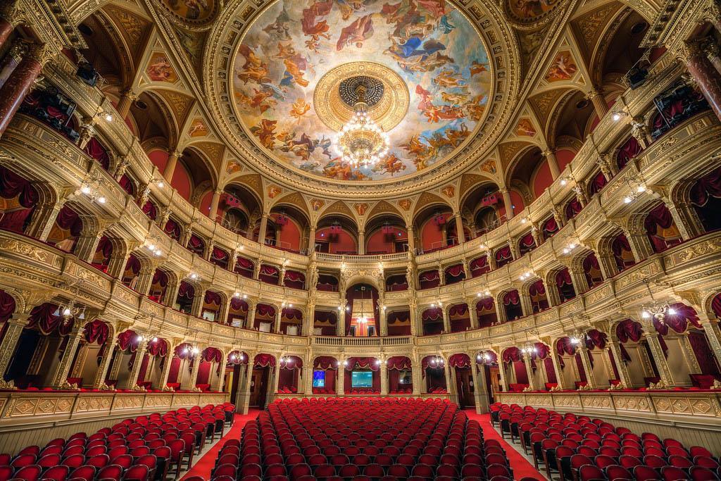 Intérieur de l'Opéra de Budapest | © Miroslav Petrasko via www.hdrshooter.net/