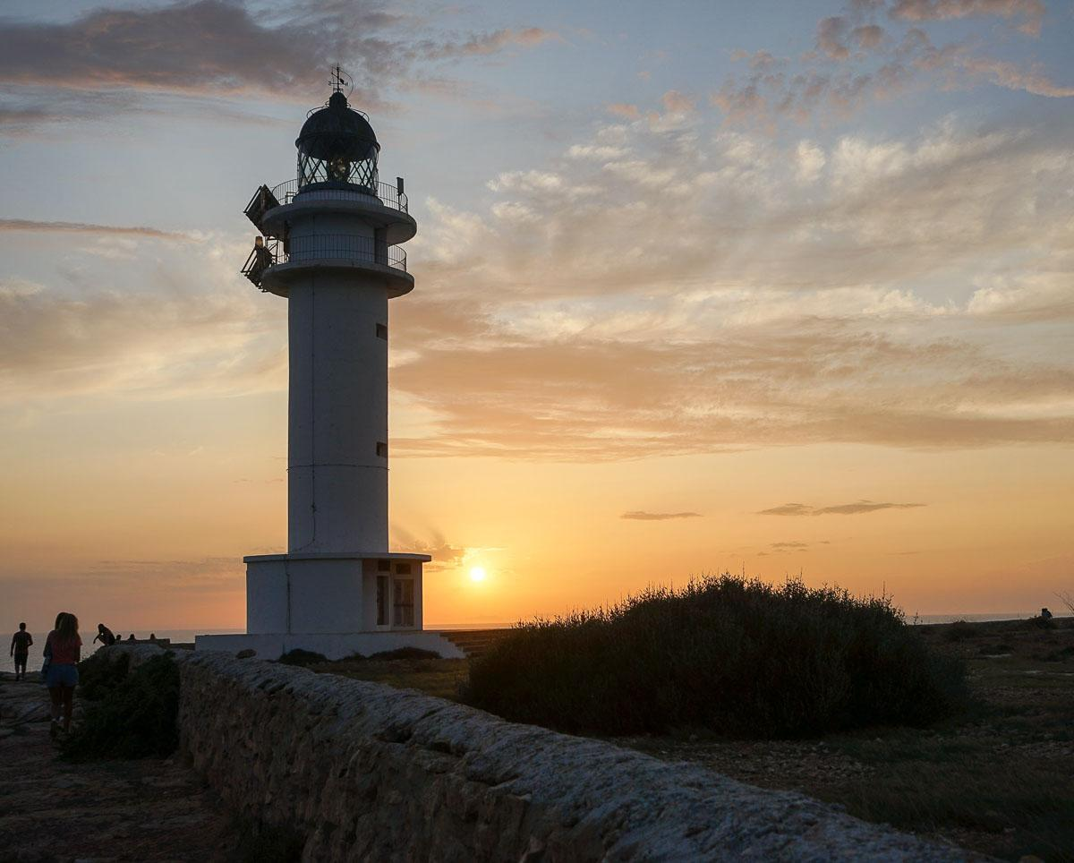 Coucher de soleil sur Cap de Barbaria, Formentera © MB   YONDER.fr