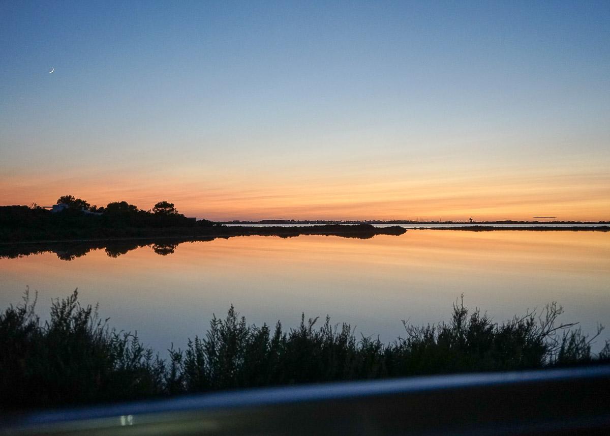 Vues sur le lac Estany Pudent au crépuscule © MB   YONDER.fr