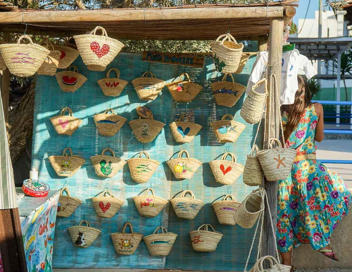Le marché hippie d'El Pilar de la Mola à Formentera © MB   YONDER.fr