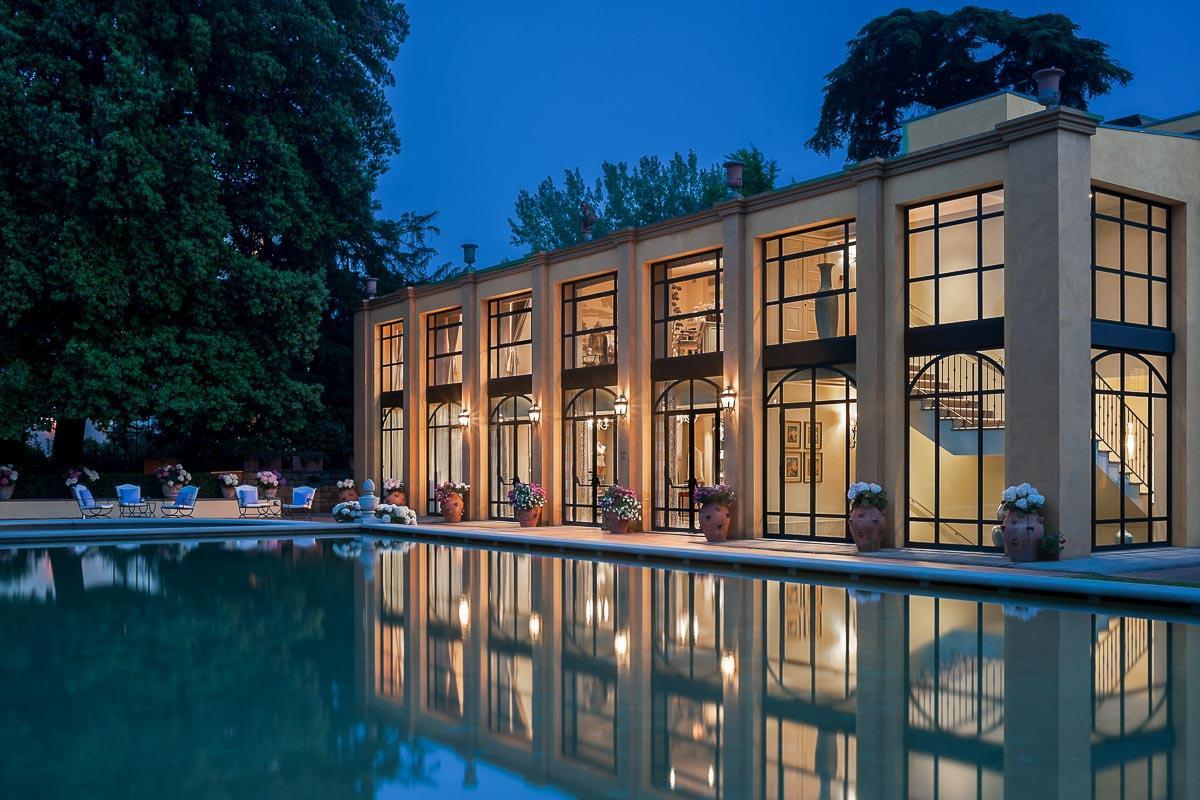 Four Seasons Hotel Firenze | Le spa est situé au bord de la piscine © Four Seasons Hotels & Resorts