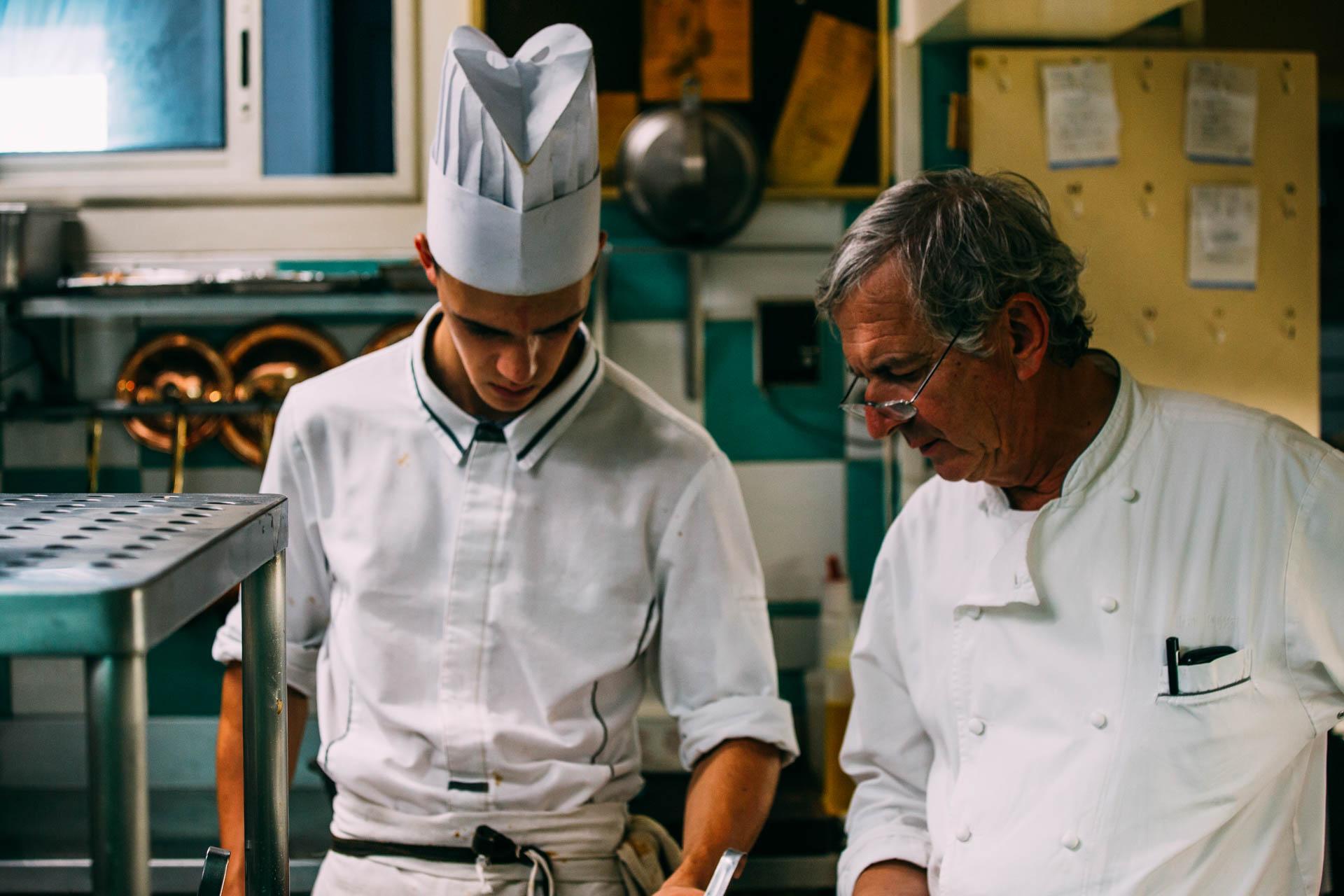 Le chef Coussau au Relais de la Poste © Sébastien Chebassier