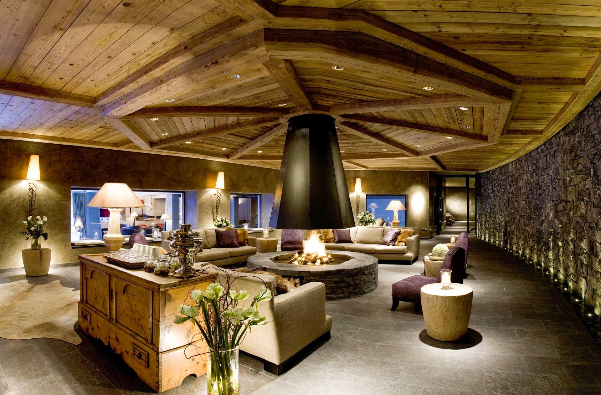 © Destination Gstaad / Royal Hotel, Winter & Gstaad Palace AG