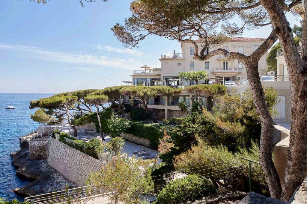 Les Roches Blanches, un balcon sur la Méditerranée © D. Delmas