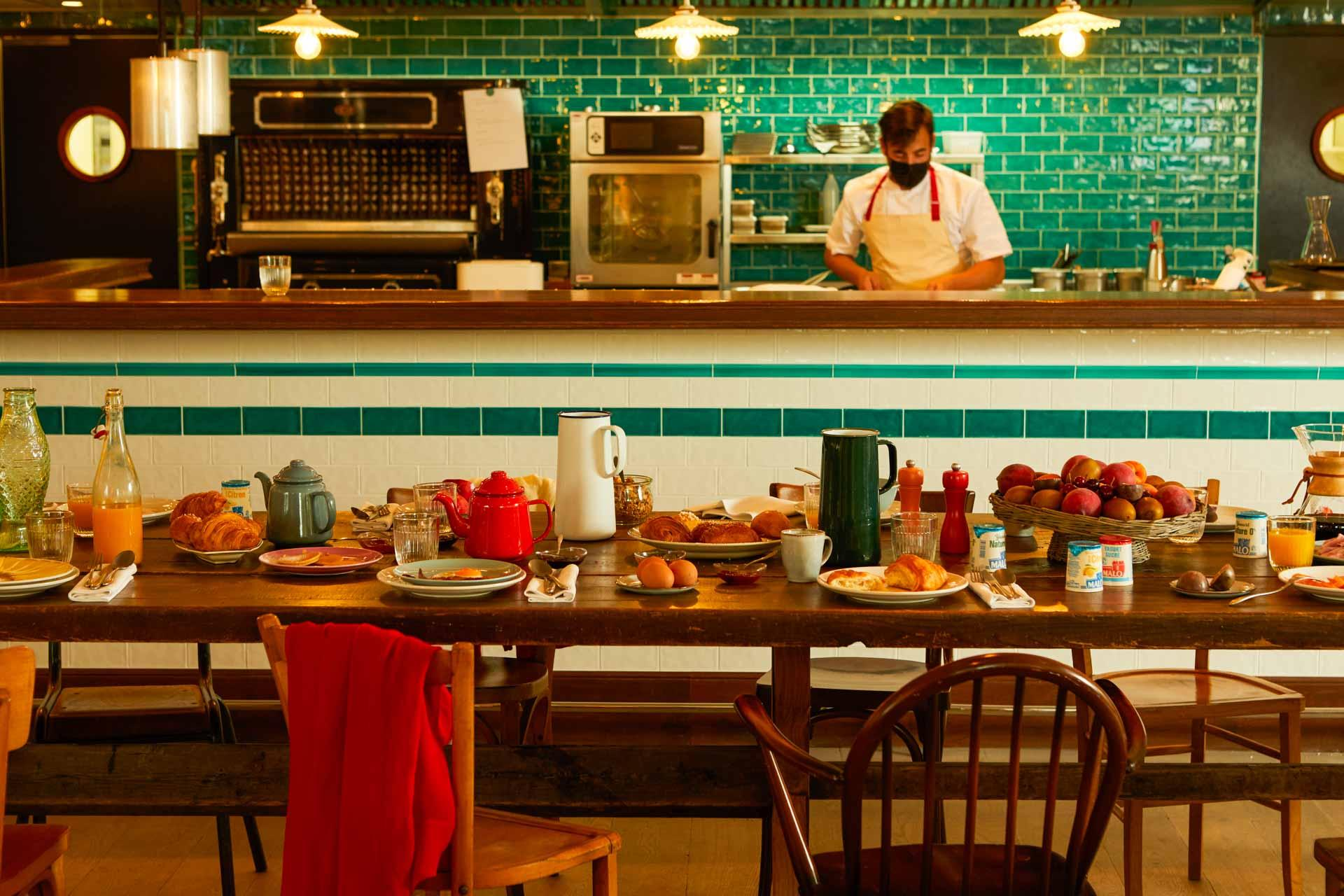 Le Nessay — restaurant © Matthieu Delbreuve