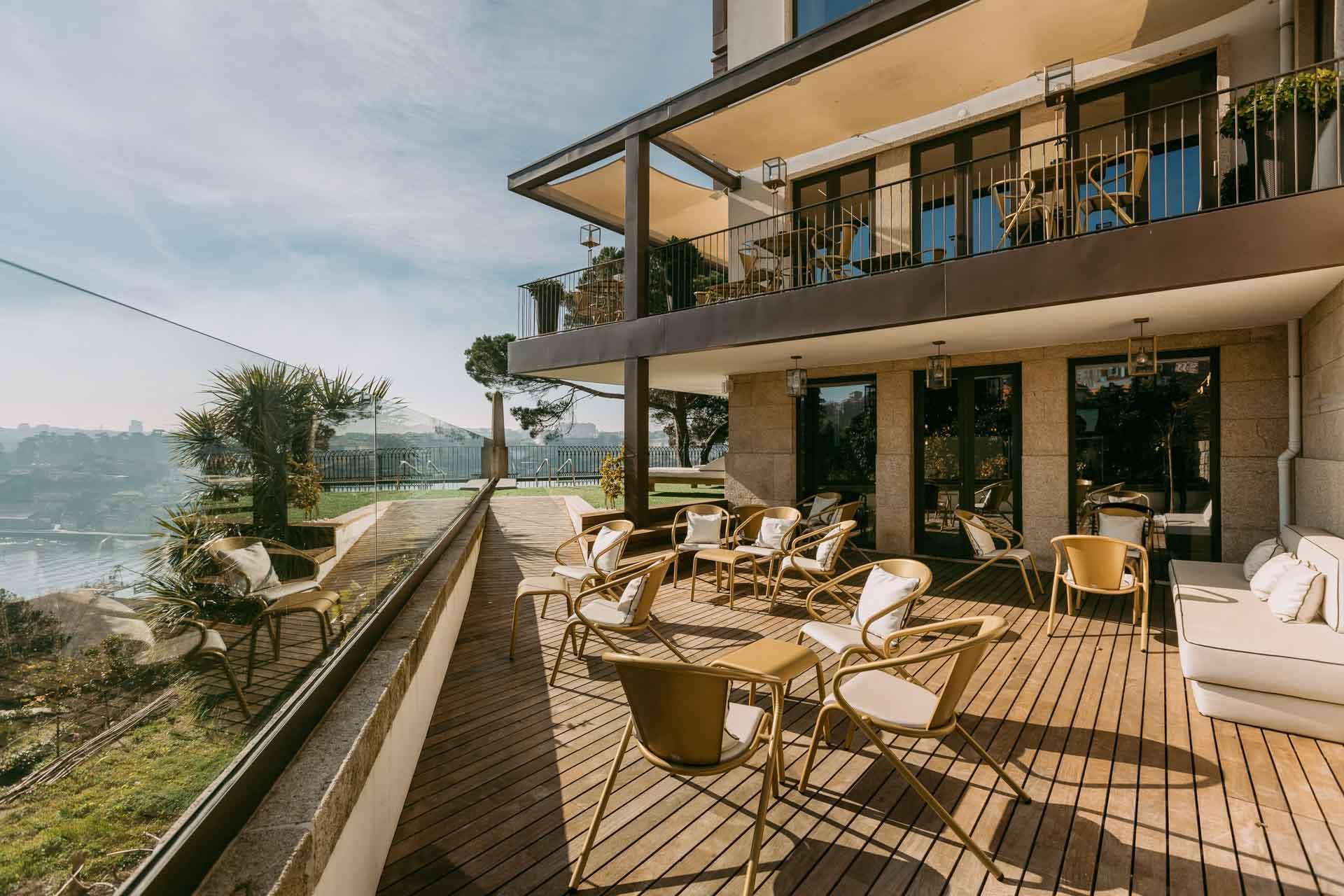 La terrasse avec piscine du Torel Avant Garde © Luiz Ferraz