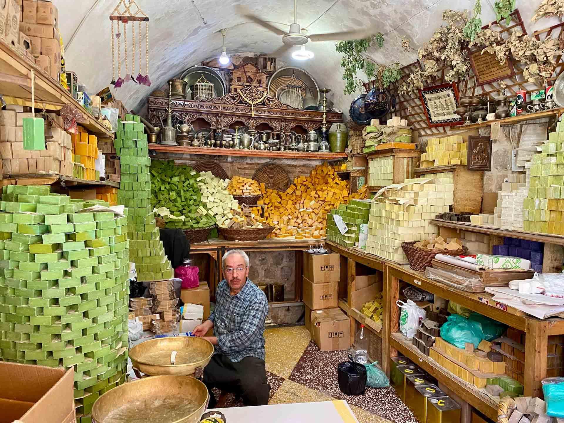 La boutique de savons Tek Sabuncu de Mehmet Dede a Mardin © Emmanuel Laveran