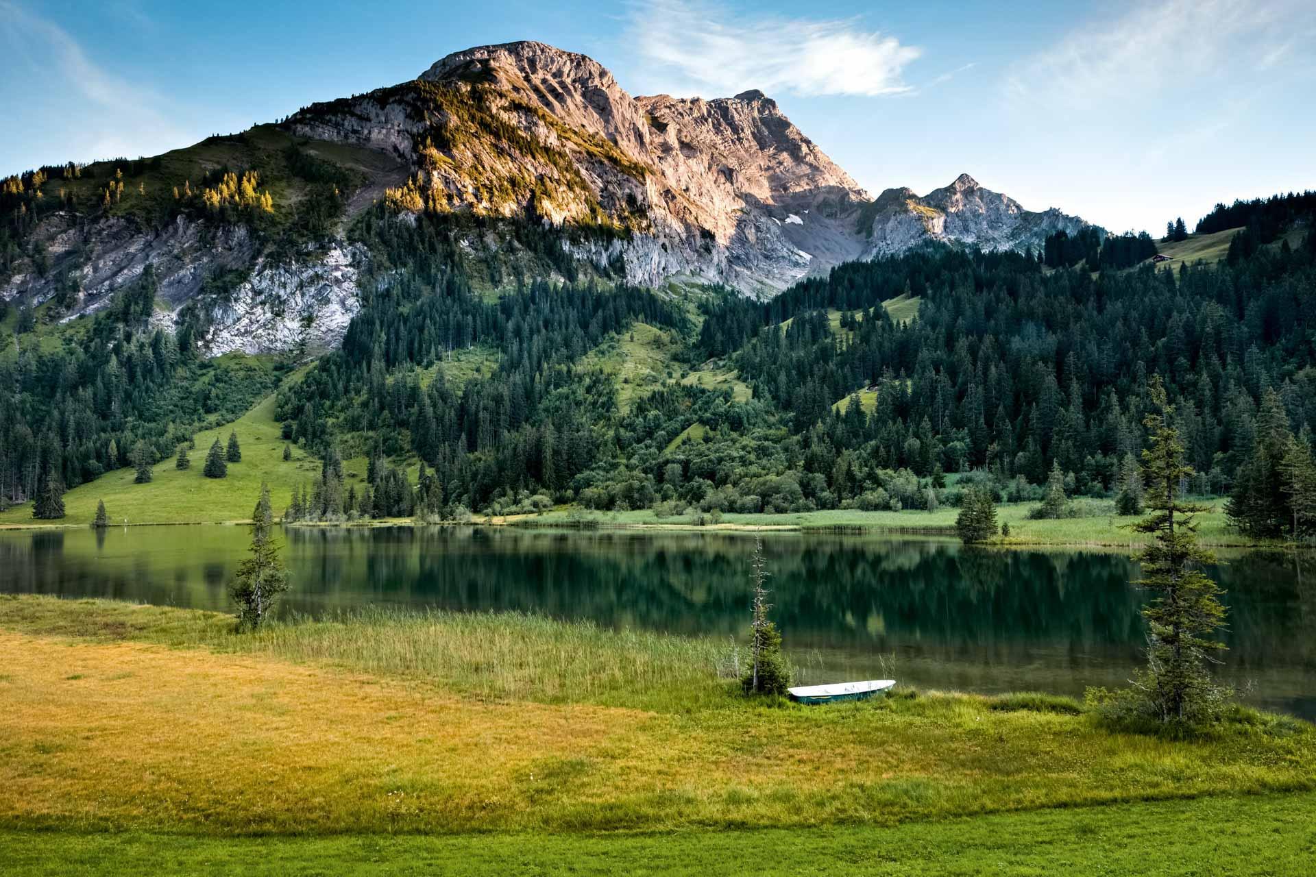 Lac de Lauenen © Suisse Tourisme / Roland Gerth