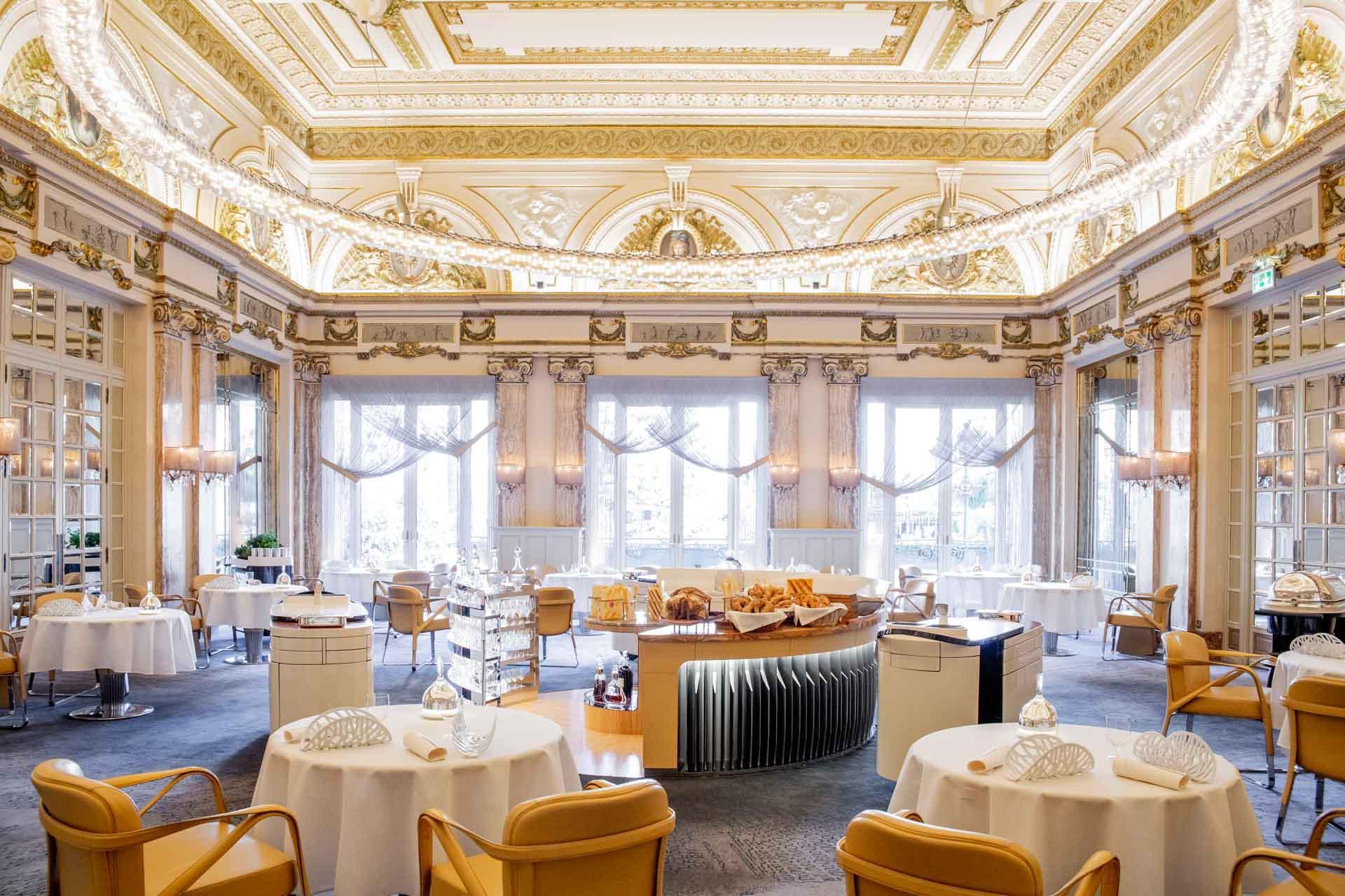 La salle du Louis XV à l'Hôtel de Paris © Pierre Monetta