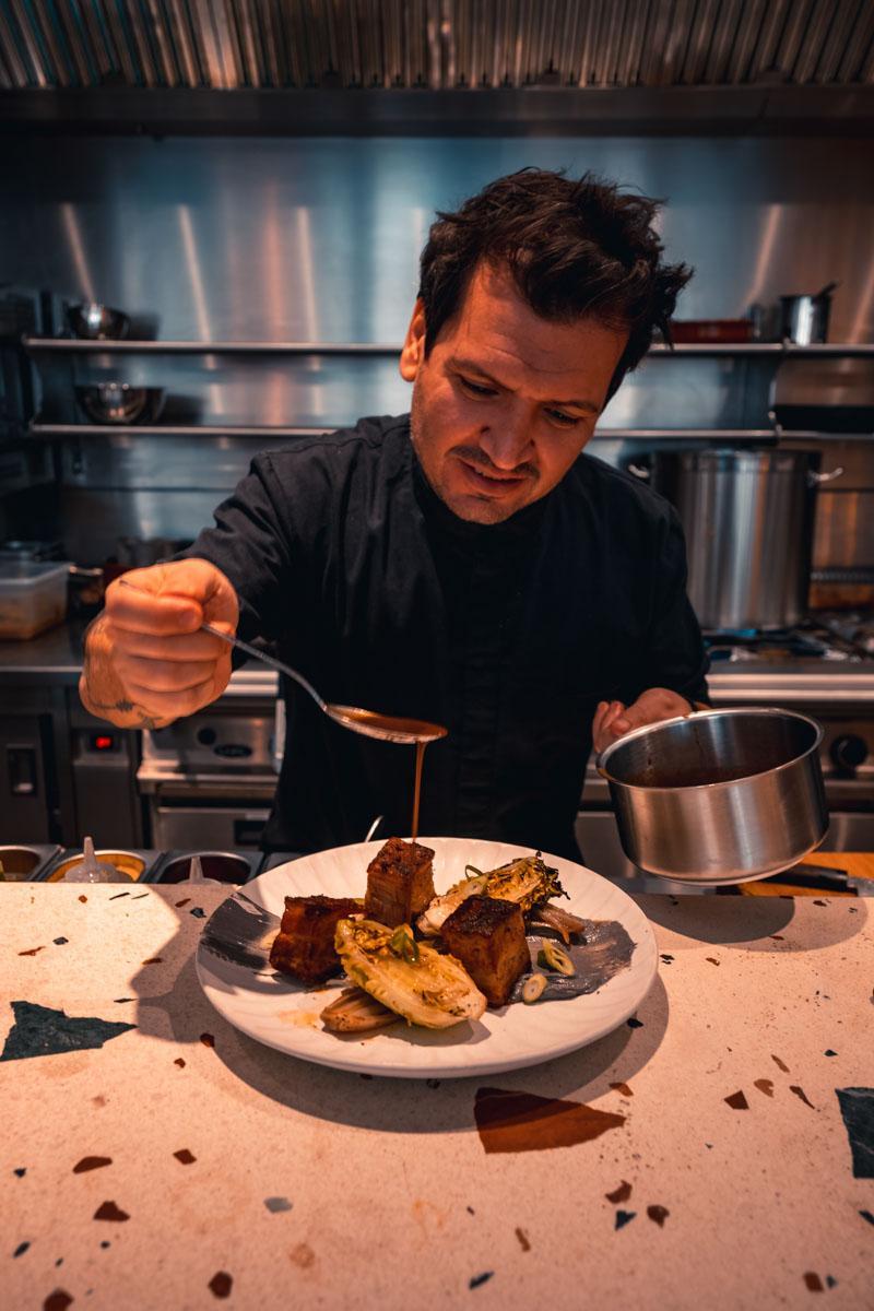 Le chef Kobi Villot Malka chez Magniv © Shams