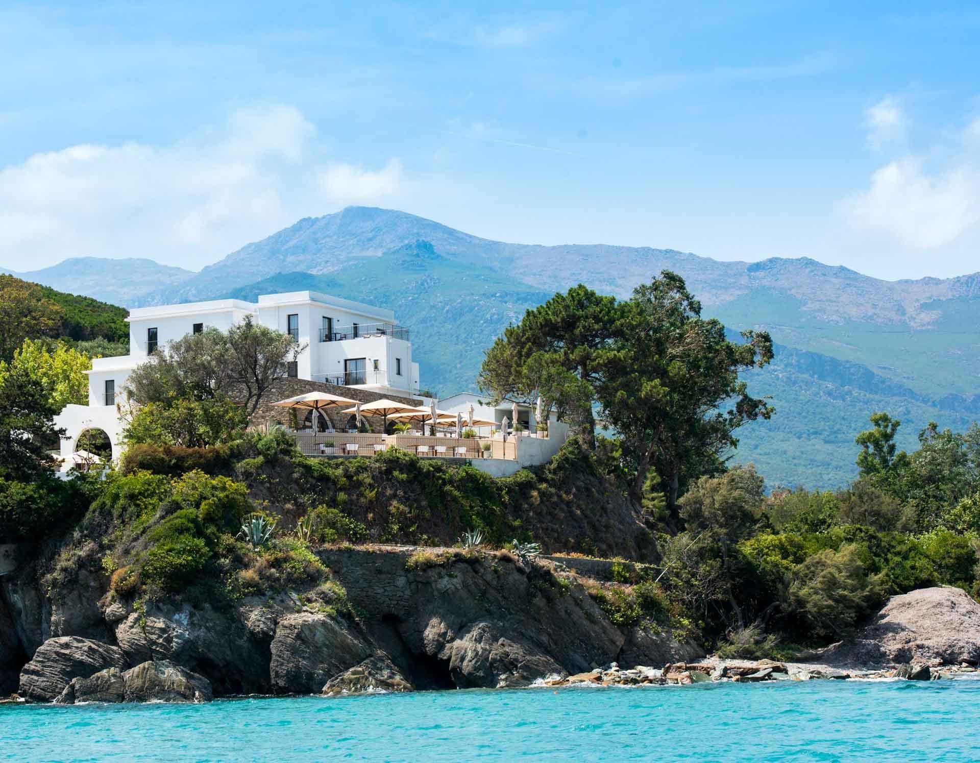 Misincu posé sur le Cap Corse © DR