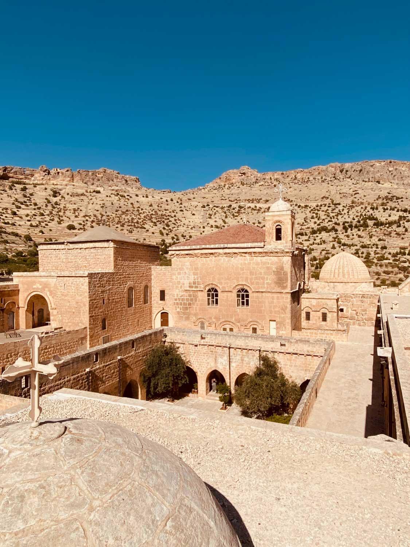 Monastère Deyrulzafaran -Mor Hannanyo- l'un des monastères syriaques orthodoxes majeurs, fondé au Ve siècle © Emmanuel Laveran