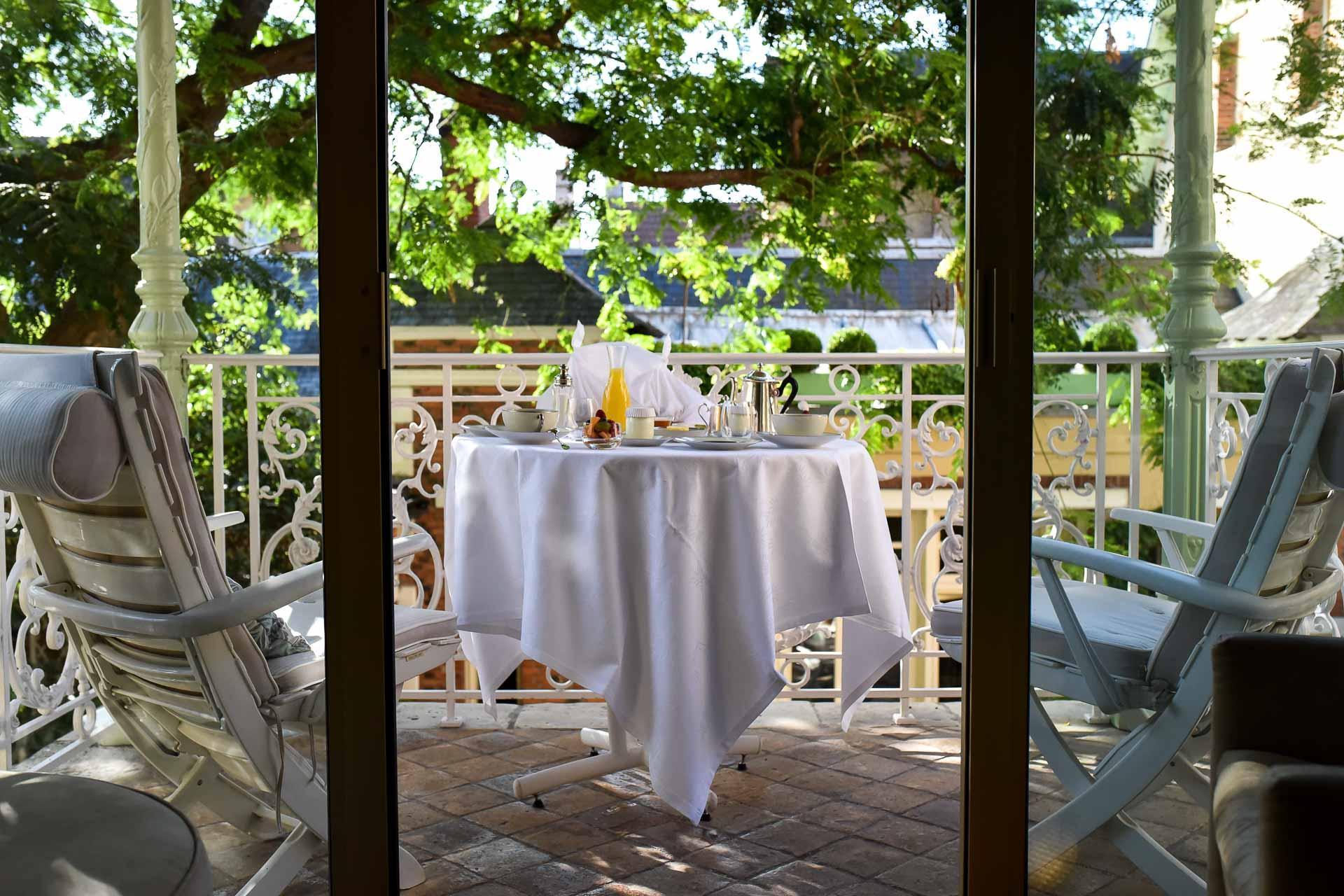 Grand Hôtel du Lion d'Or - Petit-déjeuner en chambre © Valérie Semensatis