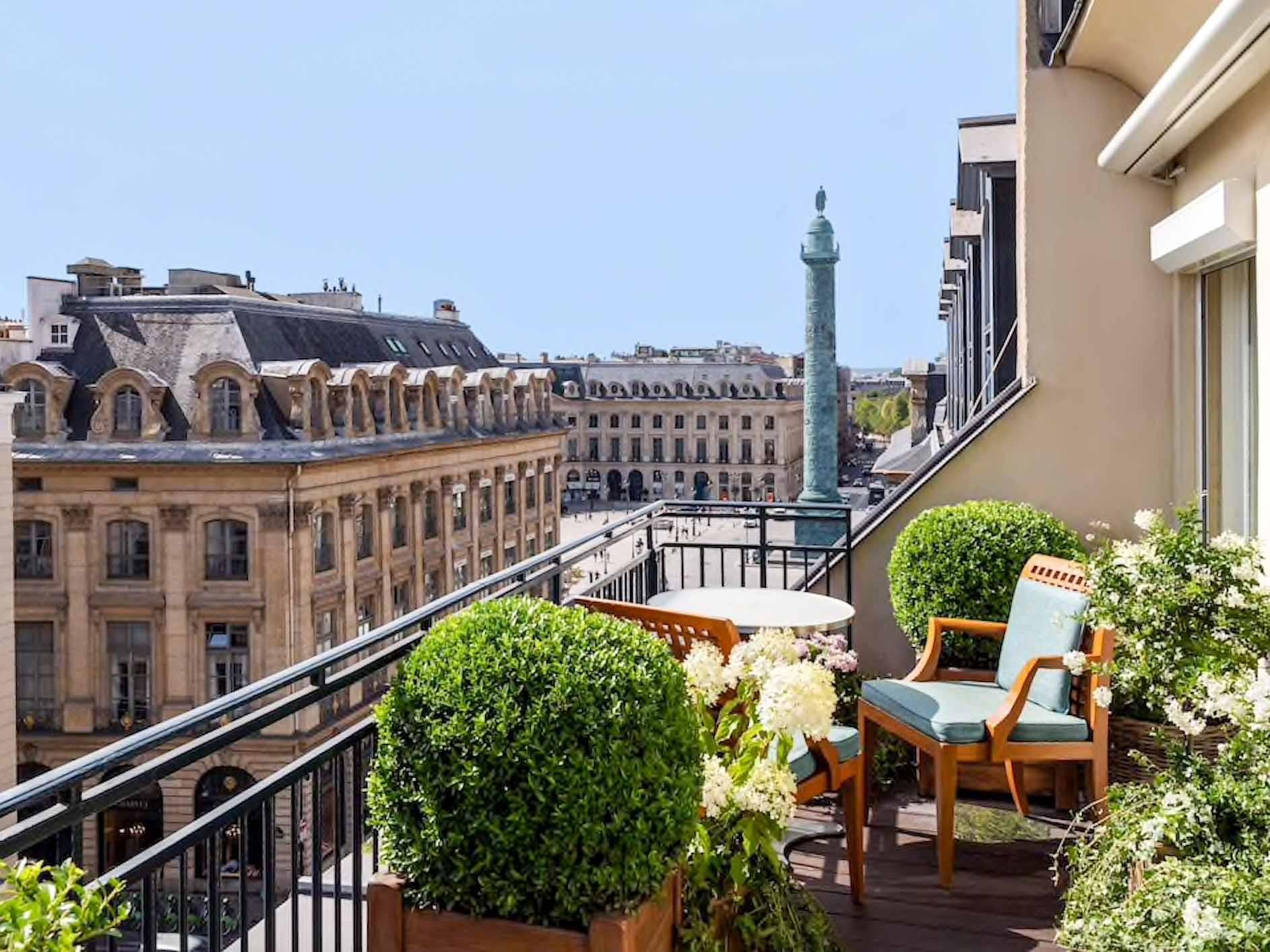 Suite avec balcon au Park Hyatt Paris Vendôme © DR