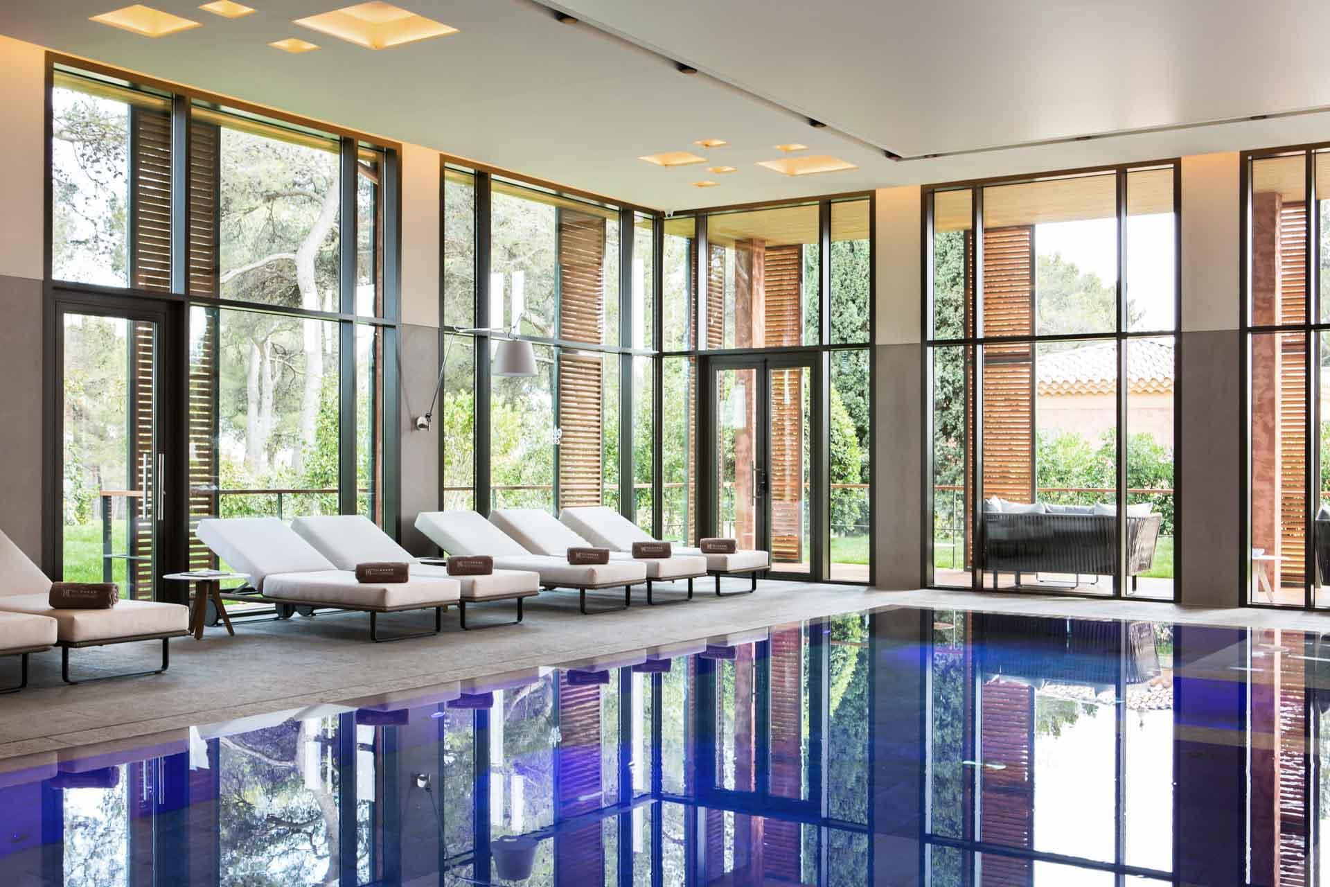 La piscine du spa de l'Hôtel du Castellet © DR