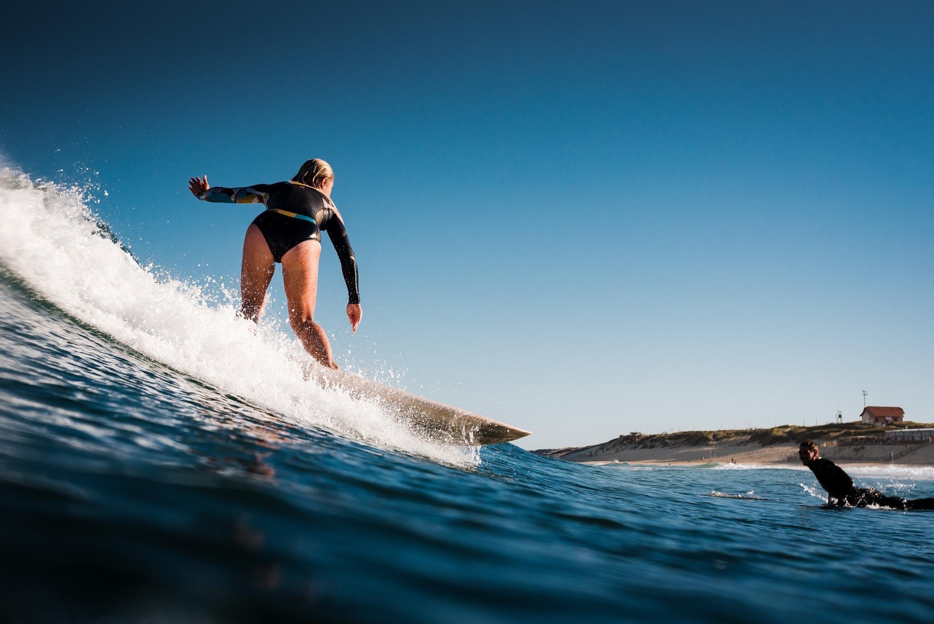 Le surf se pratique toute l'année sur la côte landaise © Yohan Espiaube