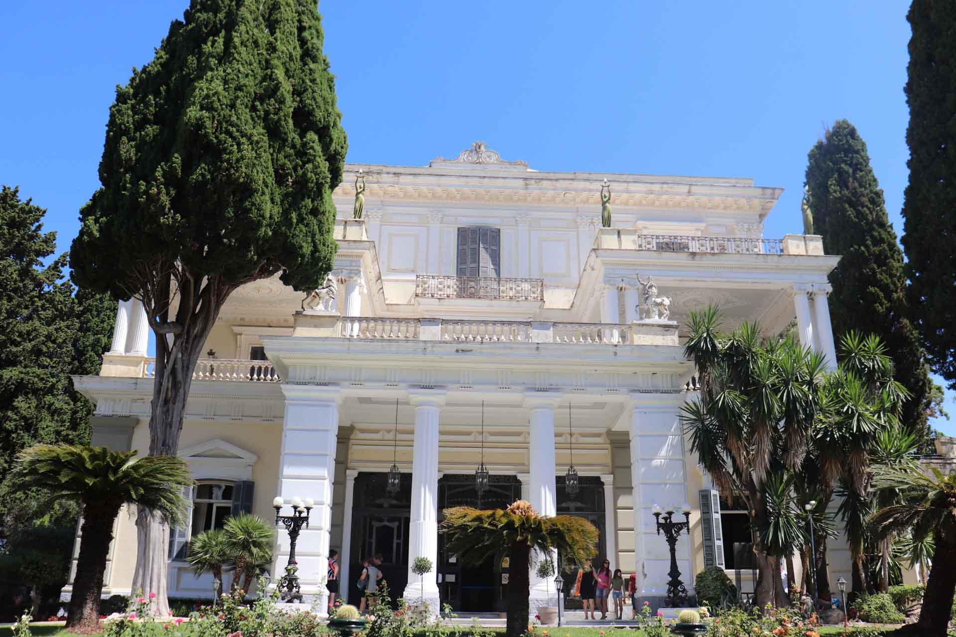 Le palais Achilleion, construit pour Sissi l'Impératrice ©Pierre Gautrand