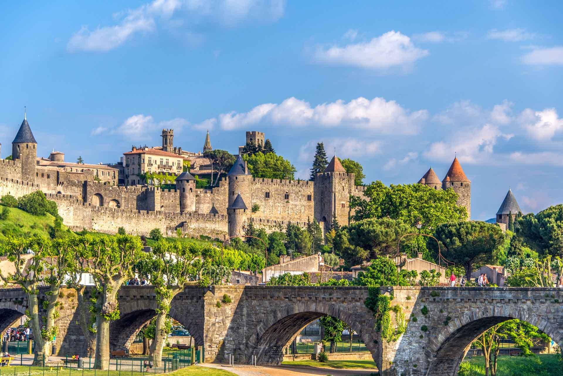 Les remparts de Carcassonne © Laurent Pictarena - AdobeStock