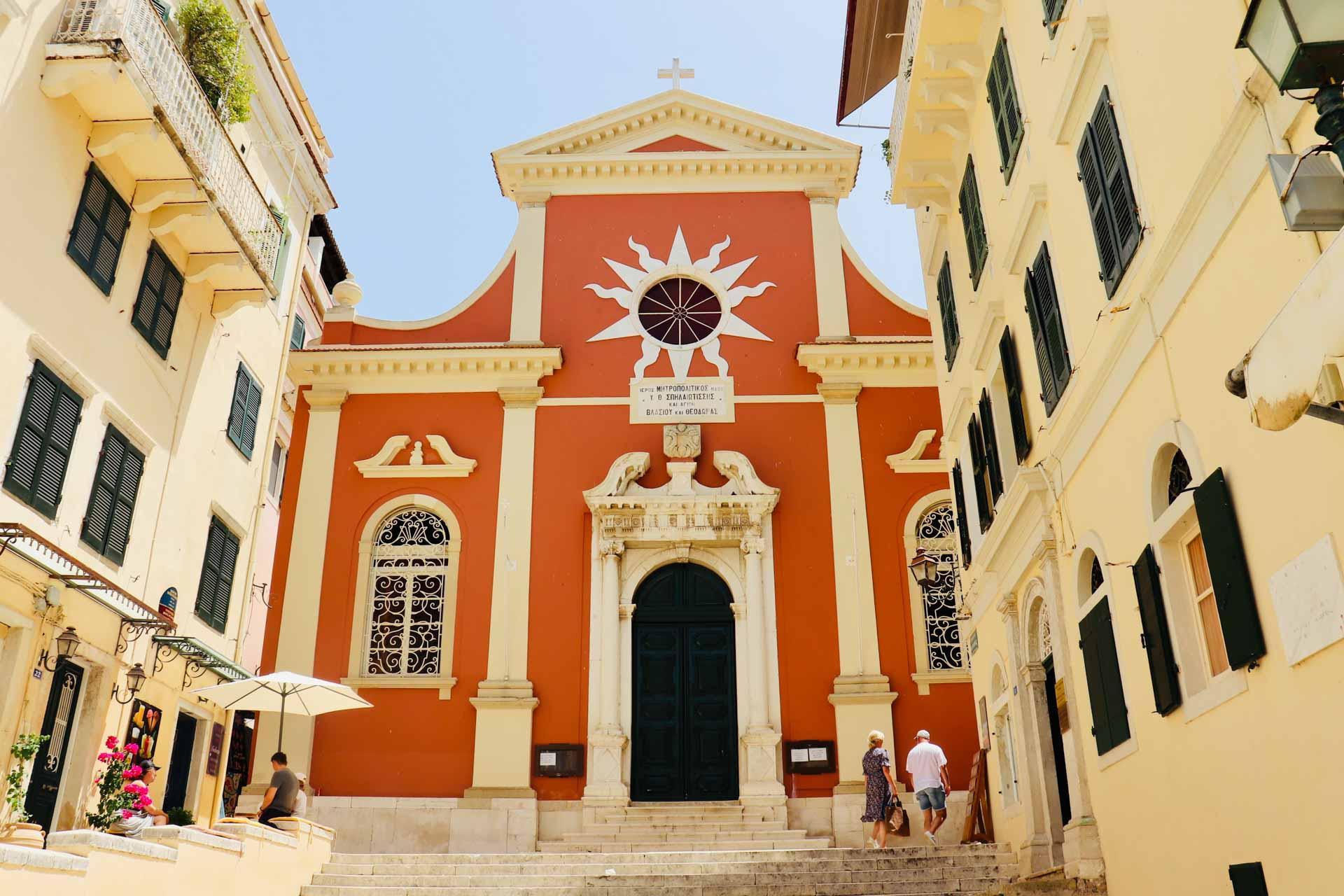 Eglise dans la vieille ville de Corfou © Pierre Gautrand