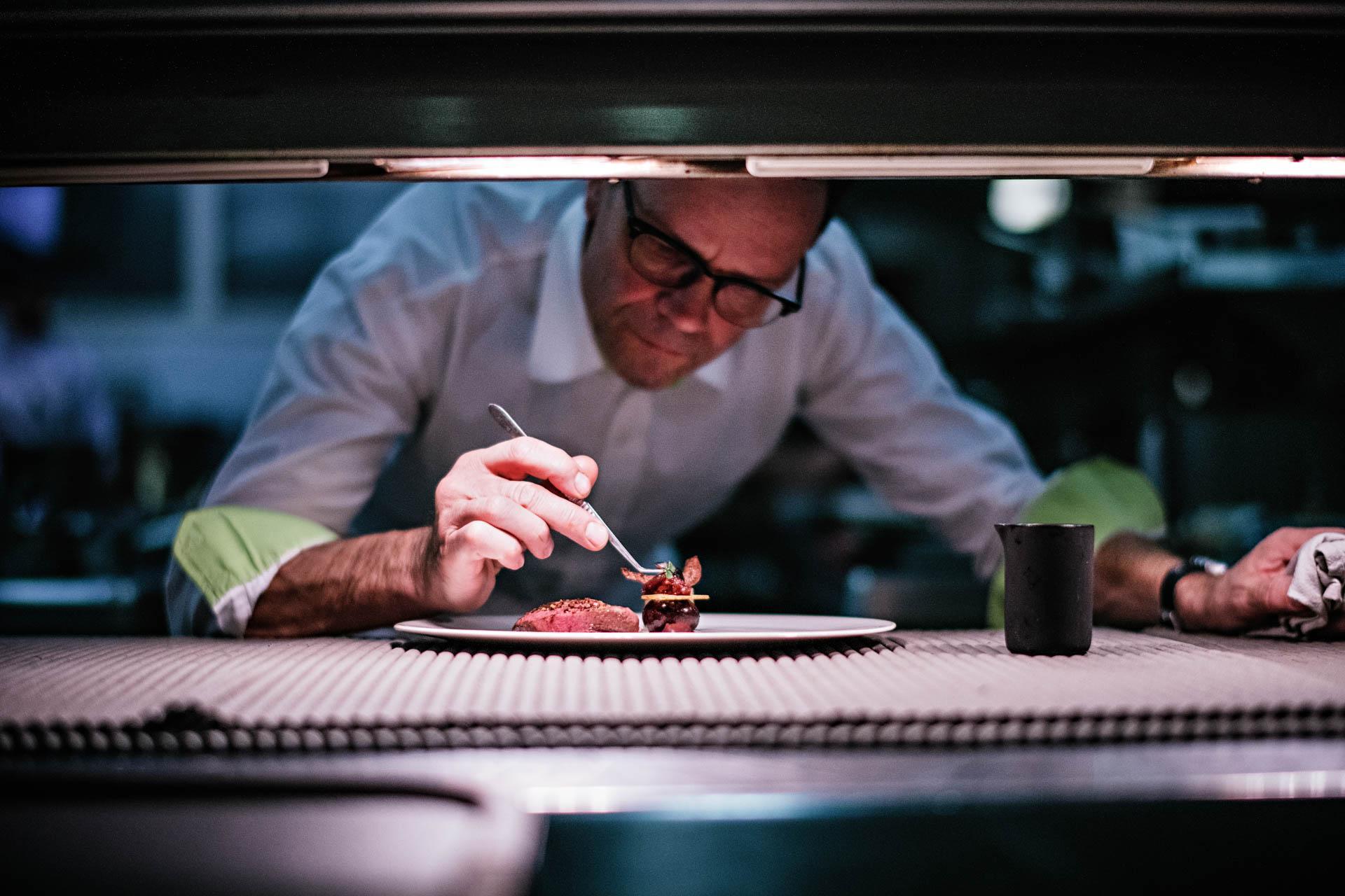 En cuisine avec Bernard Loiseau © Franck Juery