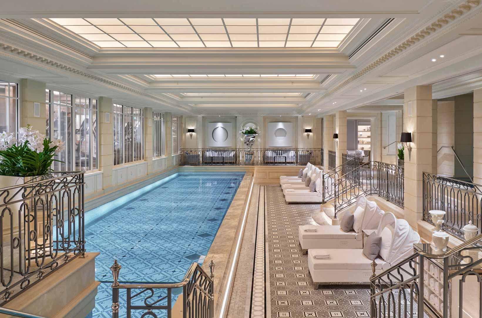 L'immense piscine du Four Seasons © Four Seasons Hotels and Resorts