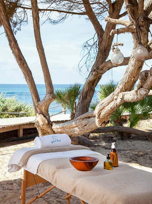 Gecko Hotel & Beach Club | Massage avec vue © DR