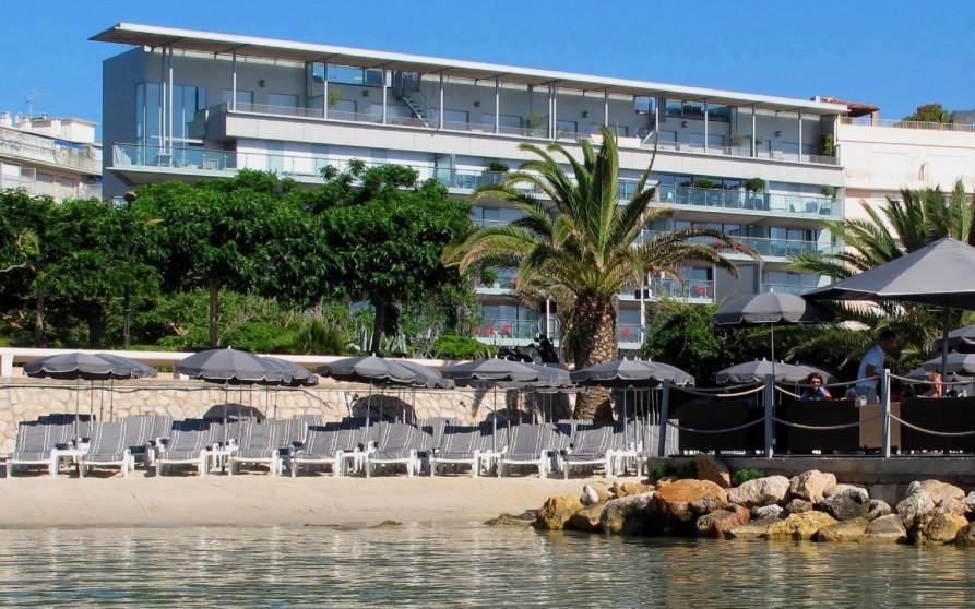 Plage © Royal Antibes Luxury Hotel