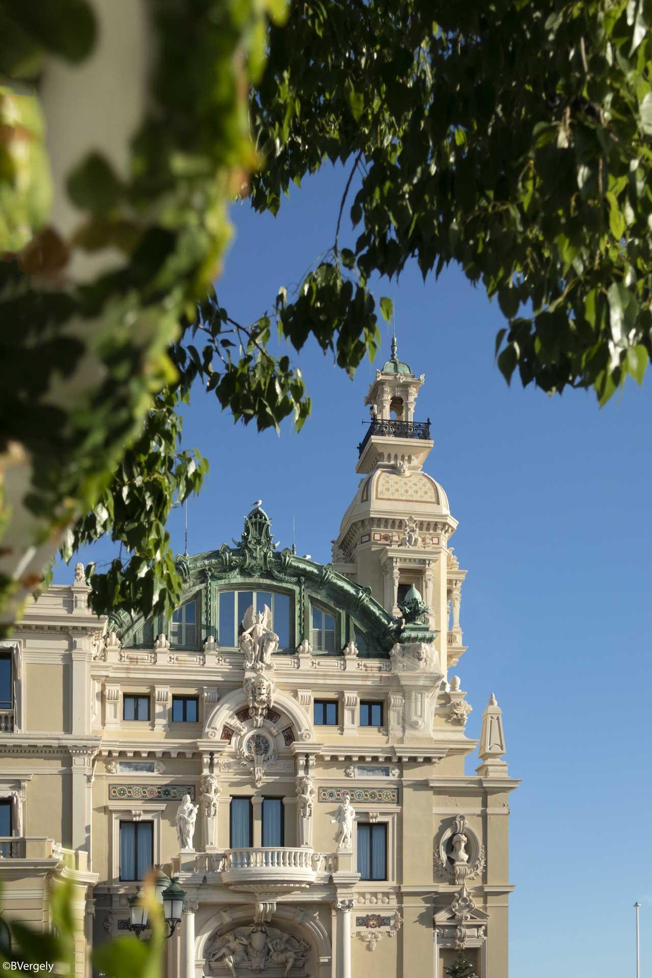 L'Opéra depuis les jardins de l'Hôtel de Paris © B. Vergely
