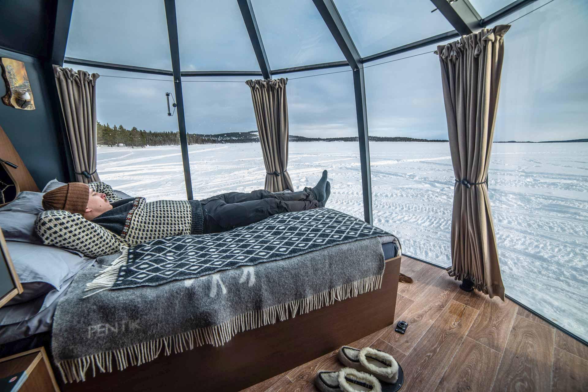 Lake Inari - Aurora Hut © Nellim Wilderness Hotel
