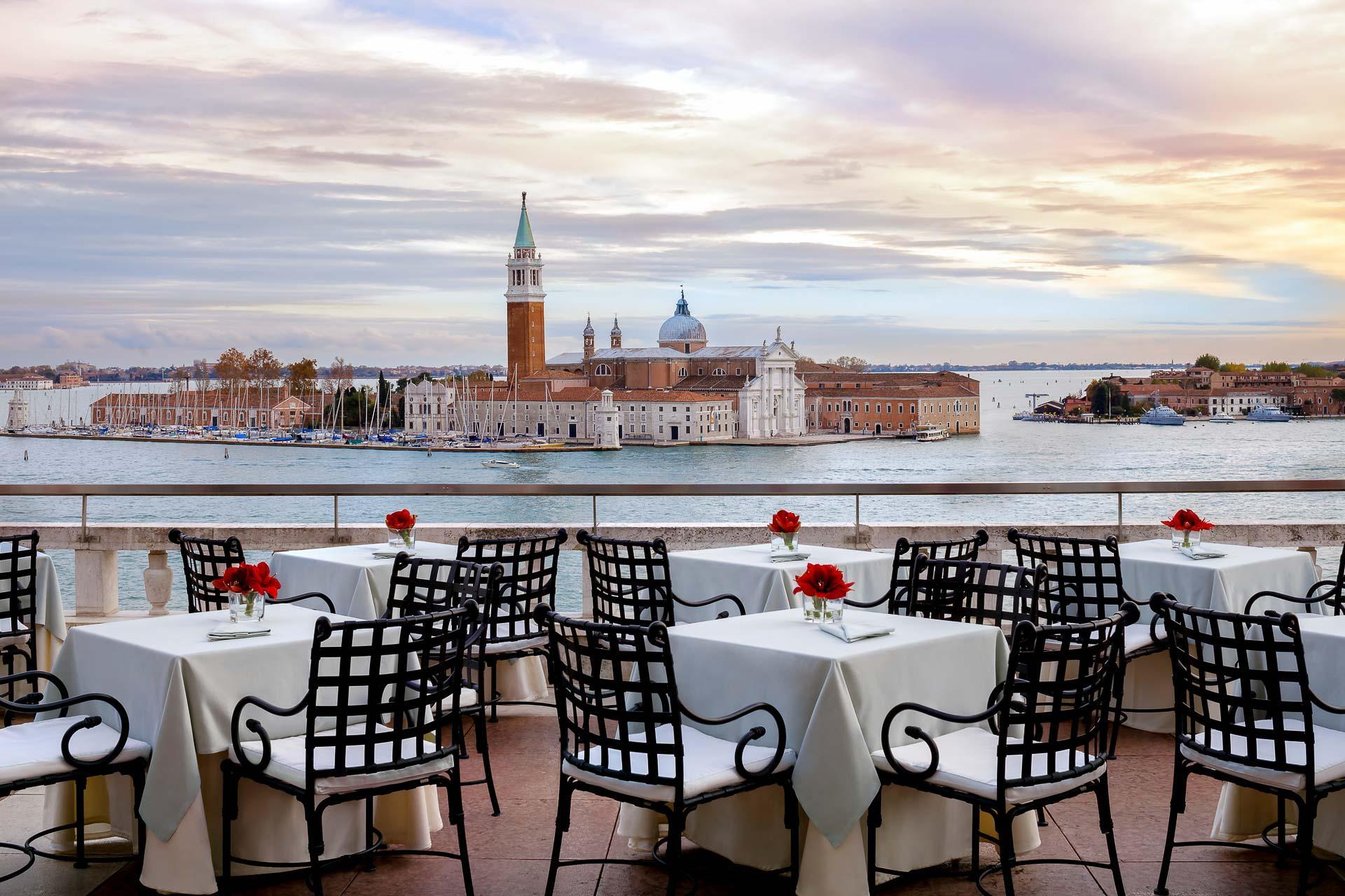 Hotel Danieli - Le bar-terrasse avec vue © DR