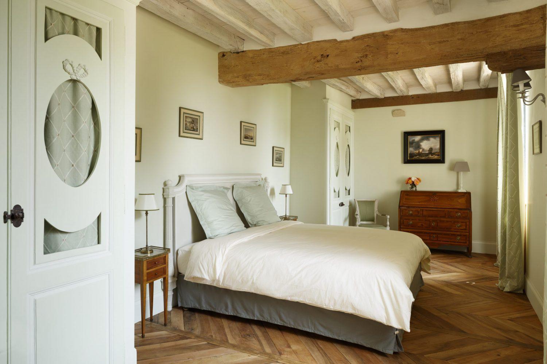 Manoir de Ravenoville, chambre vert amande © Pierres D'Histoire