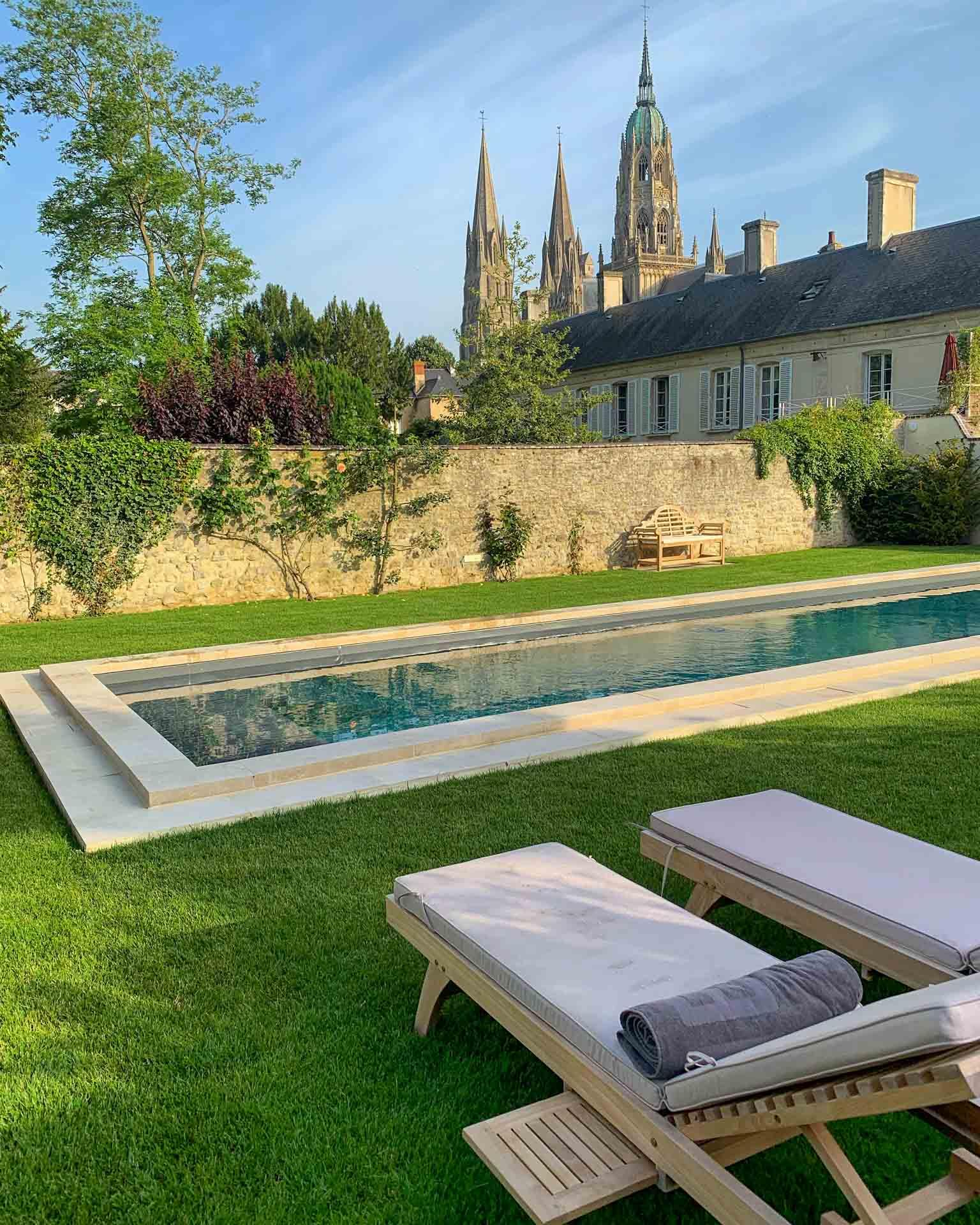 La piscine de l'Hôtel Le Tardif © DR
