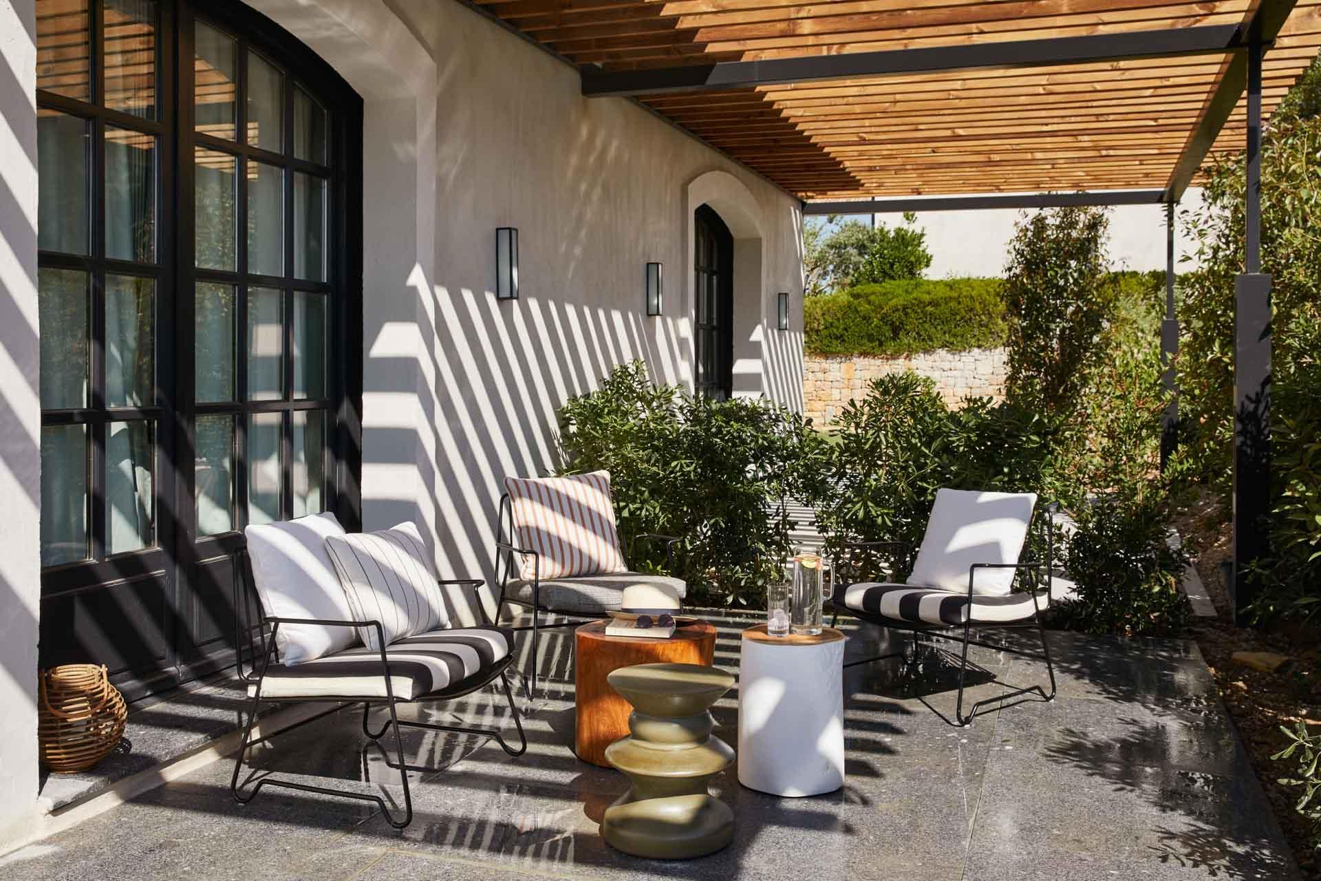La terrasse d'une chambre à Ultimate Provence © Francis Amiand
