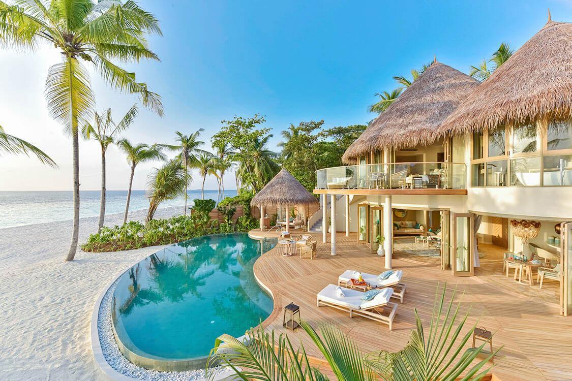 Villa privée au bord de la plage © The Nautilus