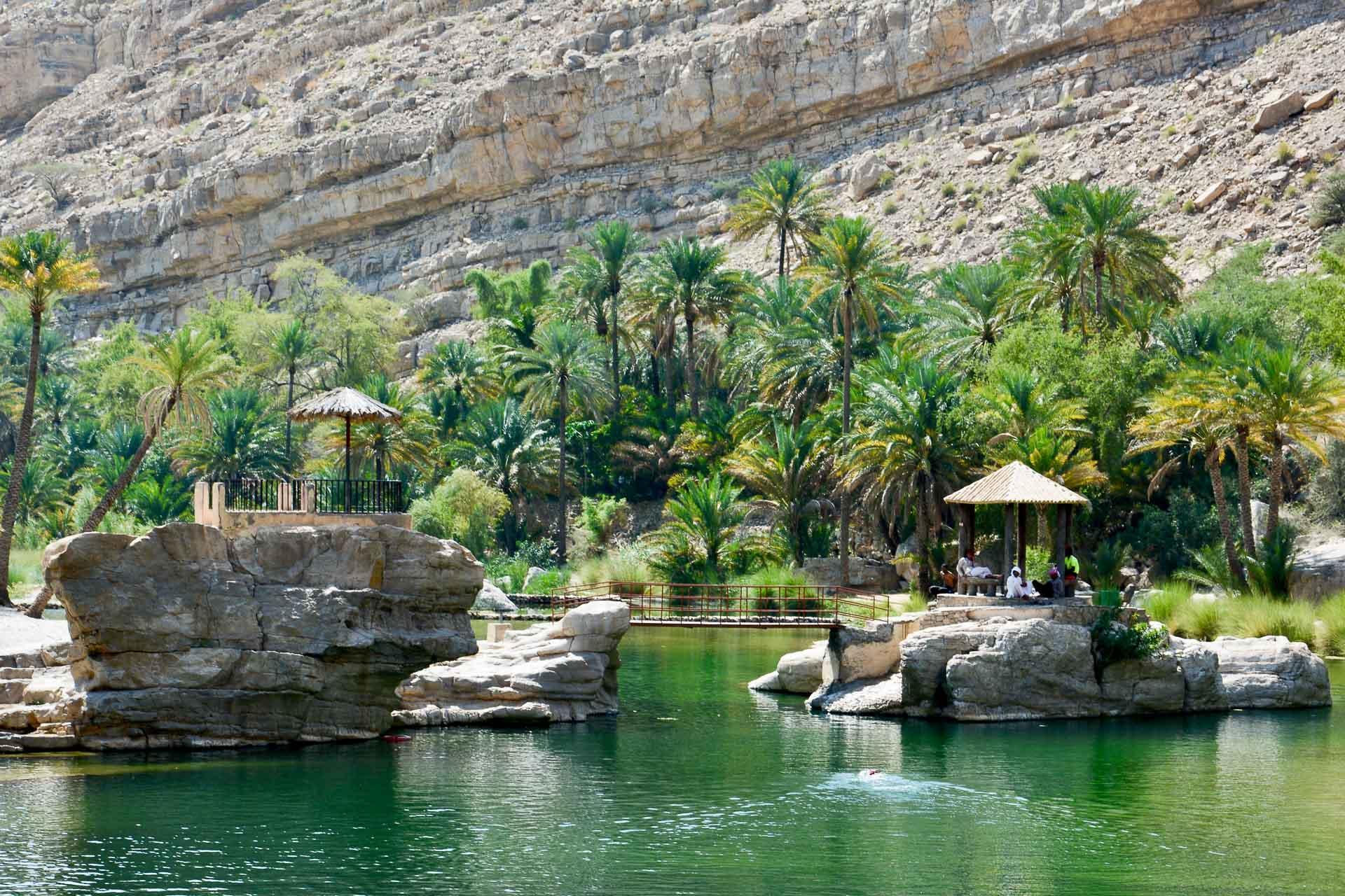 Un des agréables lacs dédiés à la baignade du Wadi Bani Khalid. © Emmanuel Laveran.