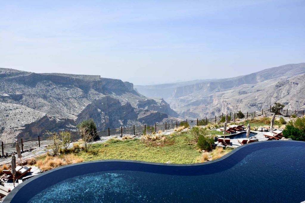 La somptueuse piscine du Alila Jabal Akhdar à Oman. © Emmanuel Laveran.