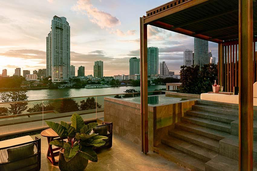 Capella Bangkok - Suite Verandah avec terrasse et jacuzzi extérieur © DR
